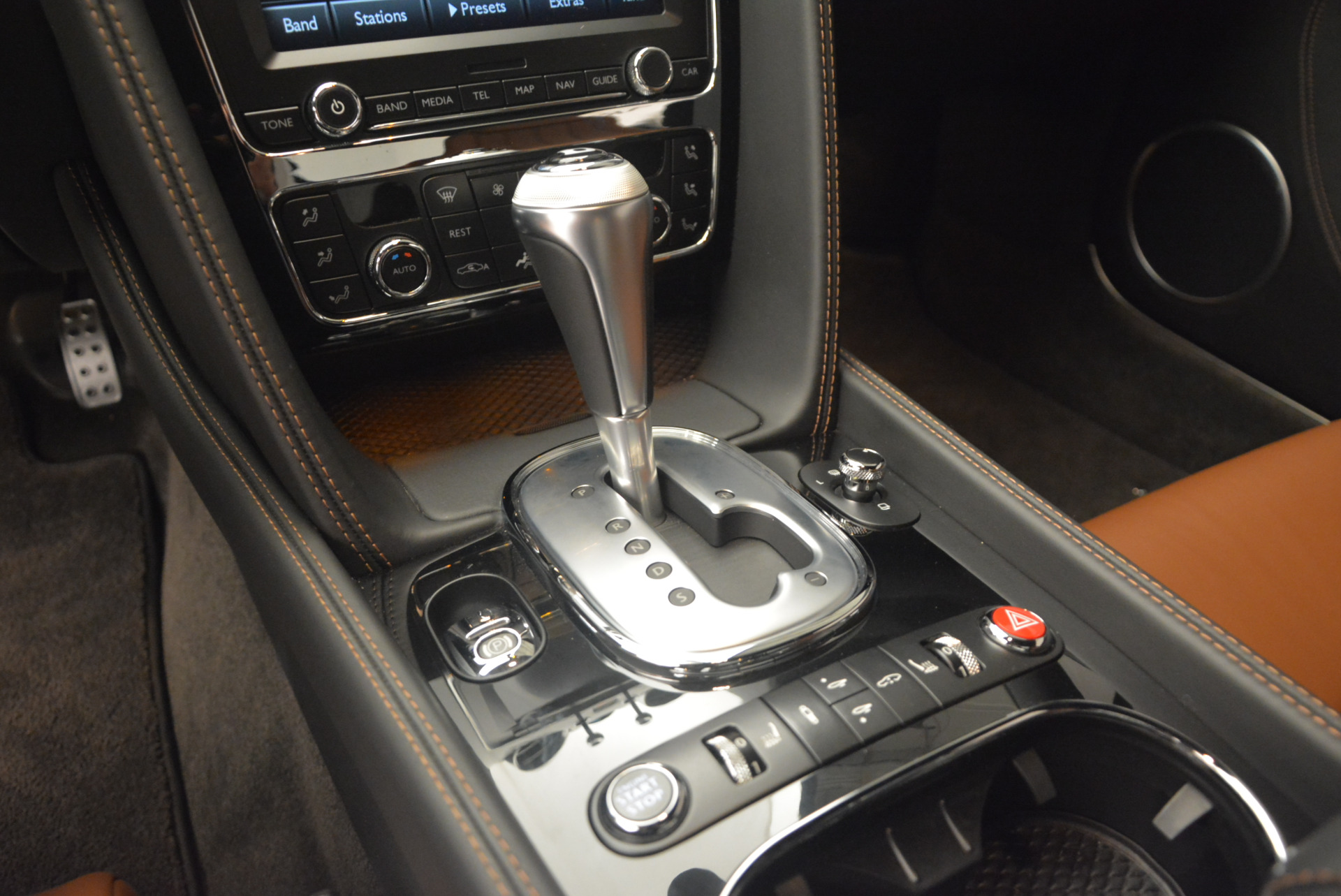 Used 2013 Bentley Continental GT V8 For Sale In Greenwich, CT 1131_p22
