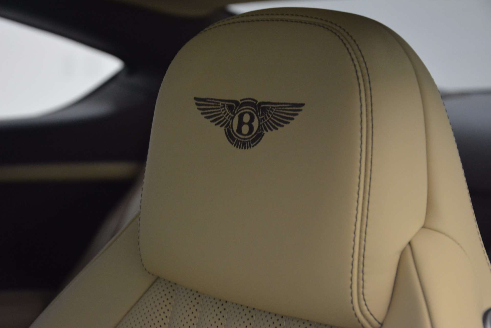Used 2017 Bentley Continental GT V8 For Sale In Greenwich, CT 1133_p21