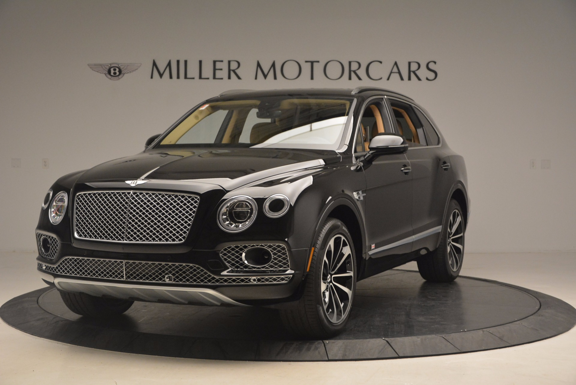 Used 2017 Bentley Bentayga  For Sale In Greenwich, CT 1139_main