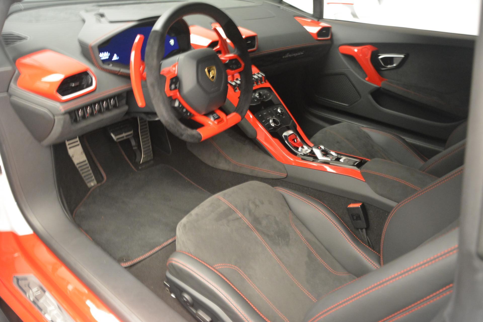 Used 2015 Lamborghini Huracan LP610-4 For Sale In Greenwich, CT 114_p14