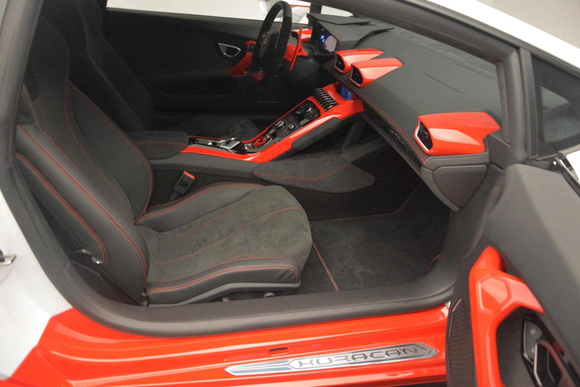 Used 2015 Lamborghini Huracan LP610-4 For Sale In Greenwich, CT 114_p19