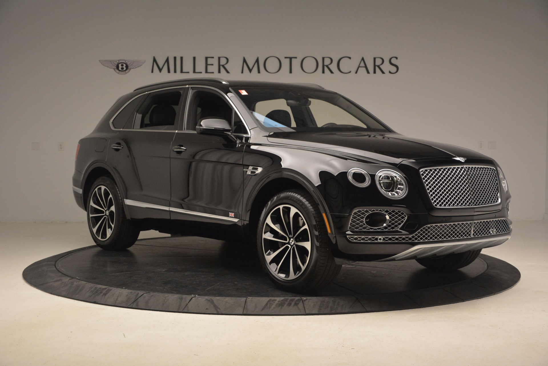 New 2017 Bentley Bentayga  For Sale In Greenwich, CT 1140_p12