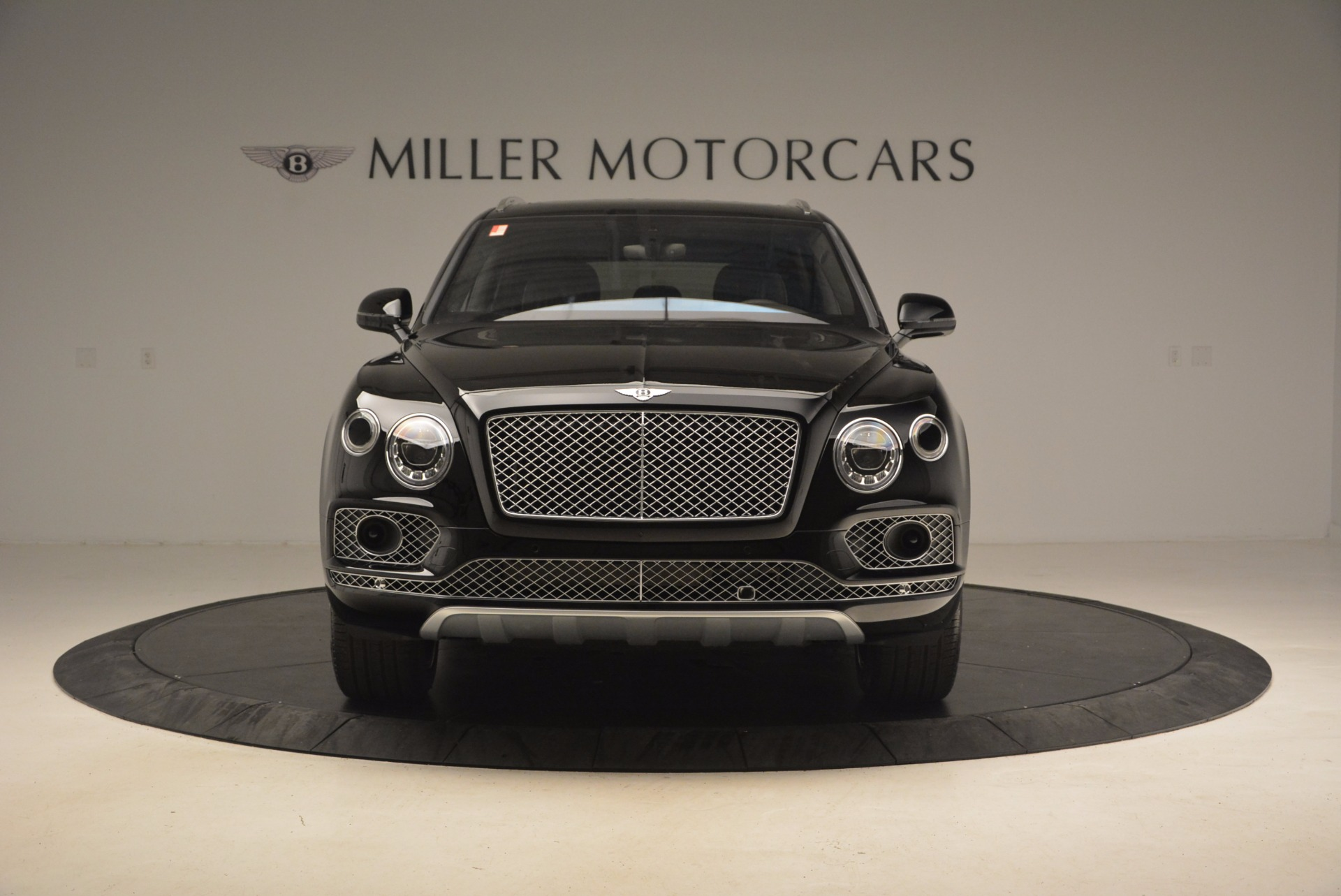 New 2017 Bentley Bentayga  For Sale In Greenwich, CT 1140_p14