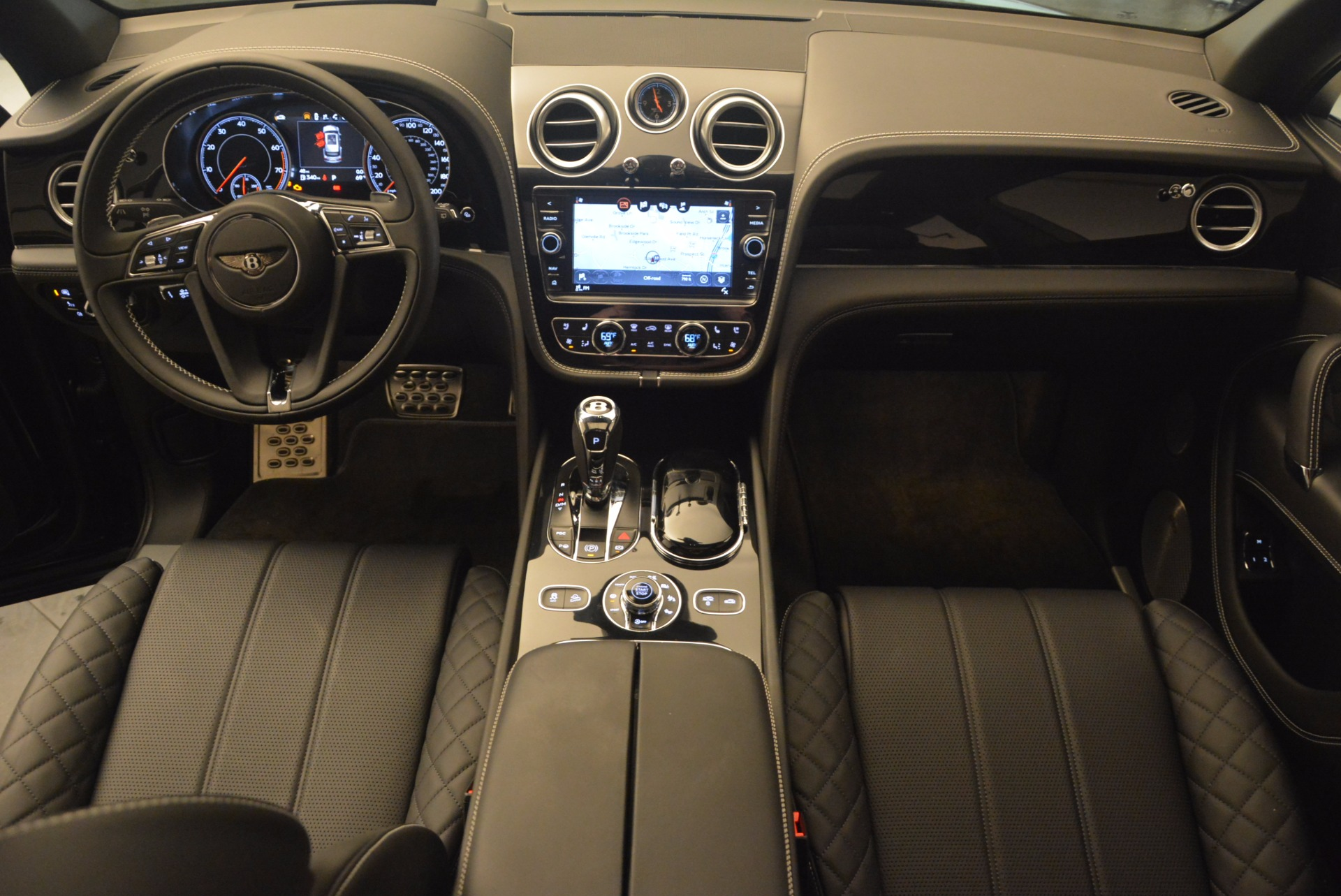 New 2017 Bentley Bentayga  For Sale In Greenwich, CT 1140_p22
