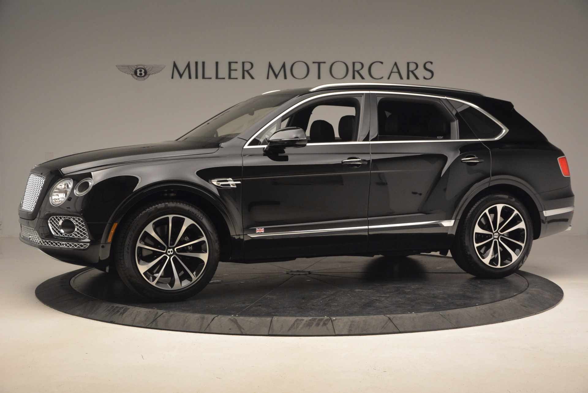 New 2017 Bentley Bentayga  For Sale In Greenwich, CT 1140_p3