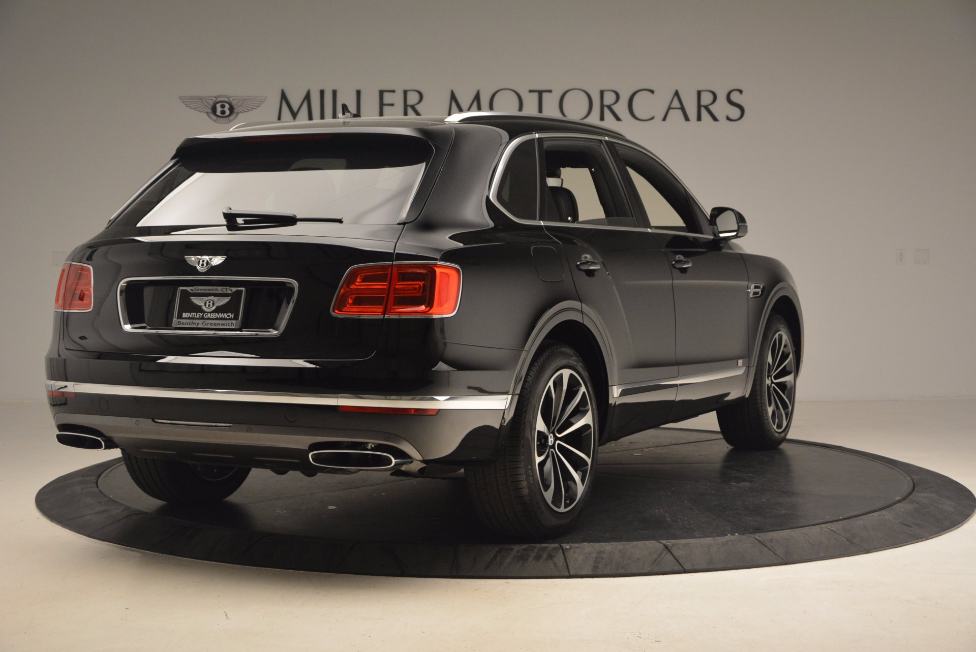 New 2017 Bentley Bentayga  For Sale In Greenwich, CT 1140_p8