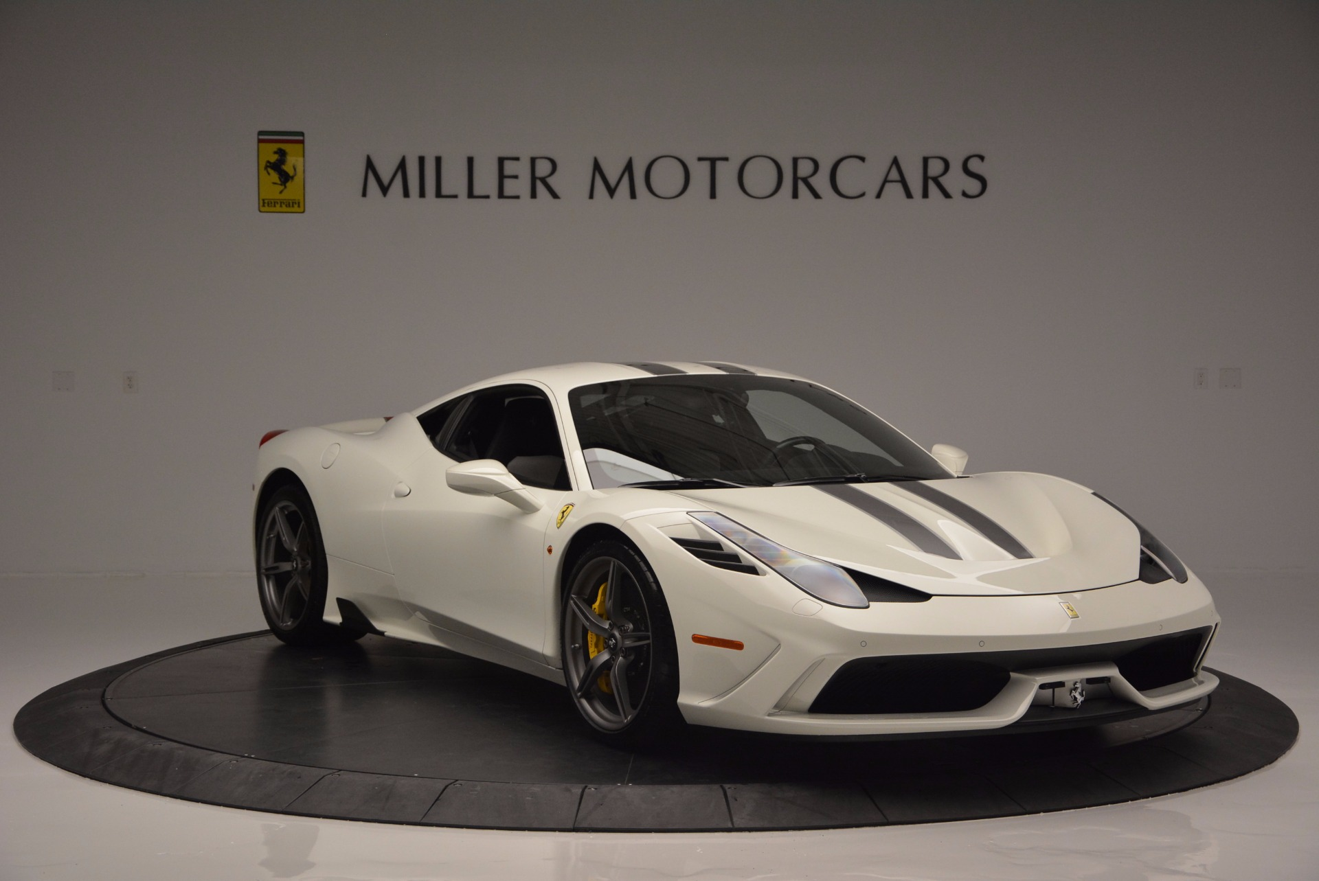 Used 2015 Ferrari 458 Speciale  For Sale In Greenwich, CT 1147_p12