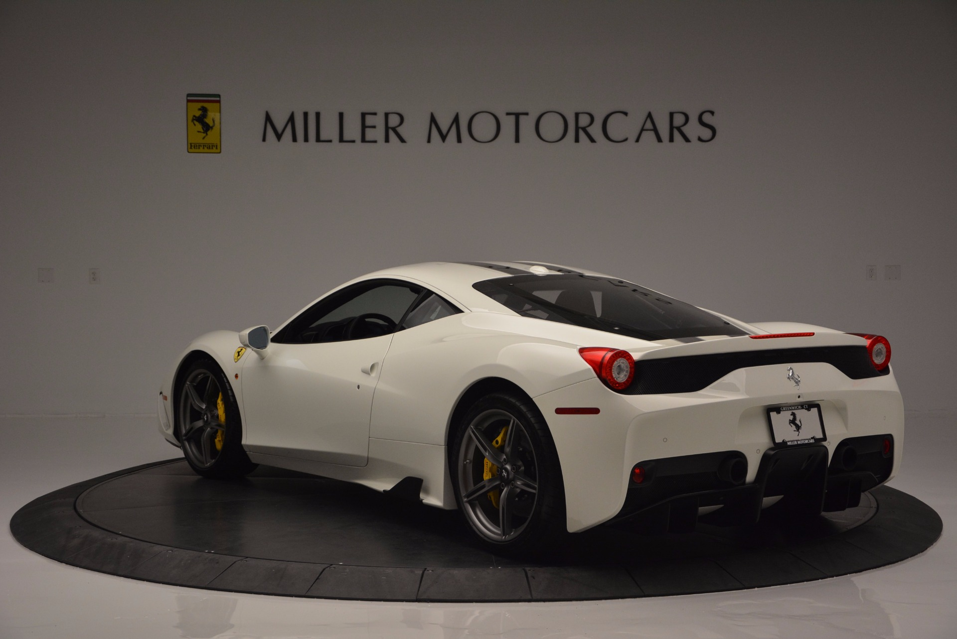 Used 2015 Ferrari 458 Speciale  For Sale In Greenwich, CT 1147_p5