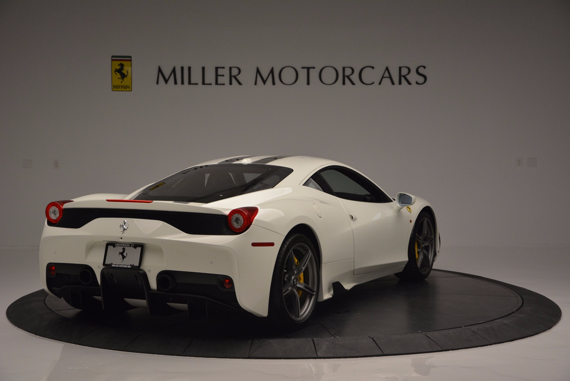 Used 2015 Ferrari 458 Speciale  For Sale In Greenwich, CT 1147_p8