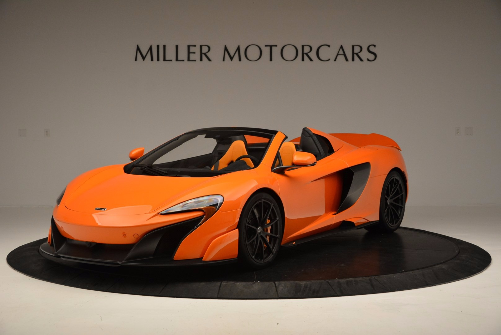 Used 2016 McLaren 675LT Spider Convertible For Sale In Greenwich, CT 1150_p2
