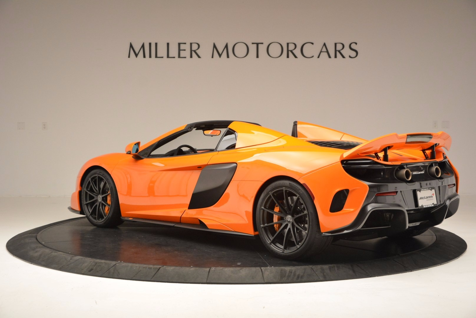 Used 2016 McLaren 675LT Spider Convertible For Sale In Greenwich, CT 1150_p4