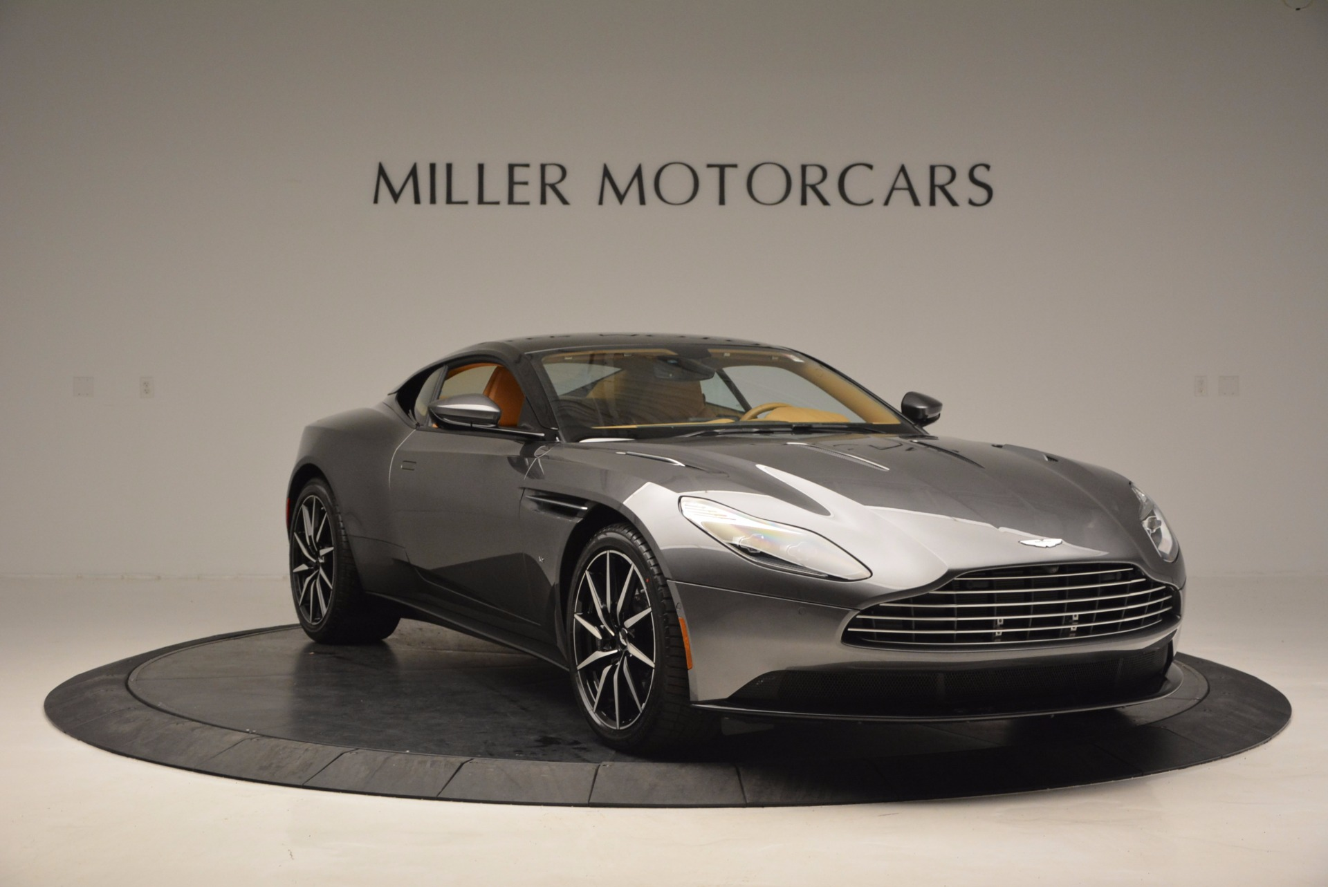 New 2017 Aston Martin DB11  For Sale In Greenwich, CT 1159_p10