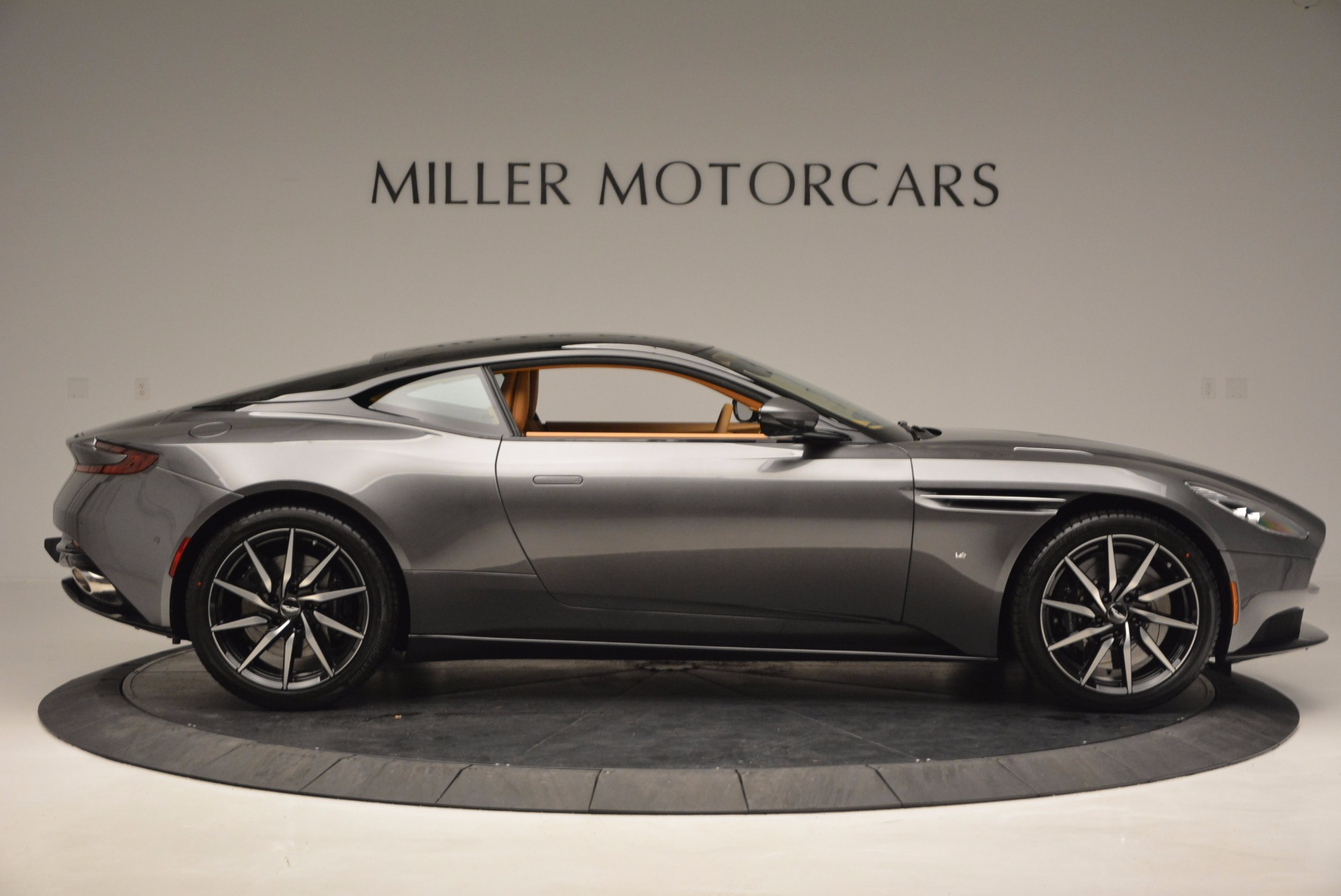 New 2017 Aston Martin DB11  For Sale In Greenwich, CT 1159_p8