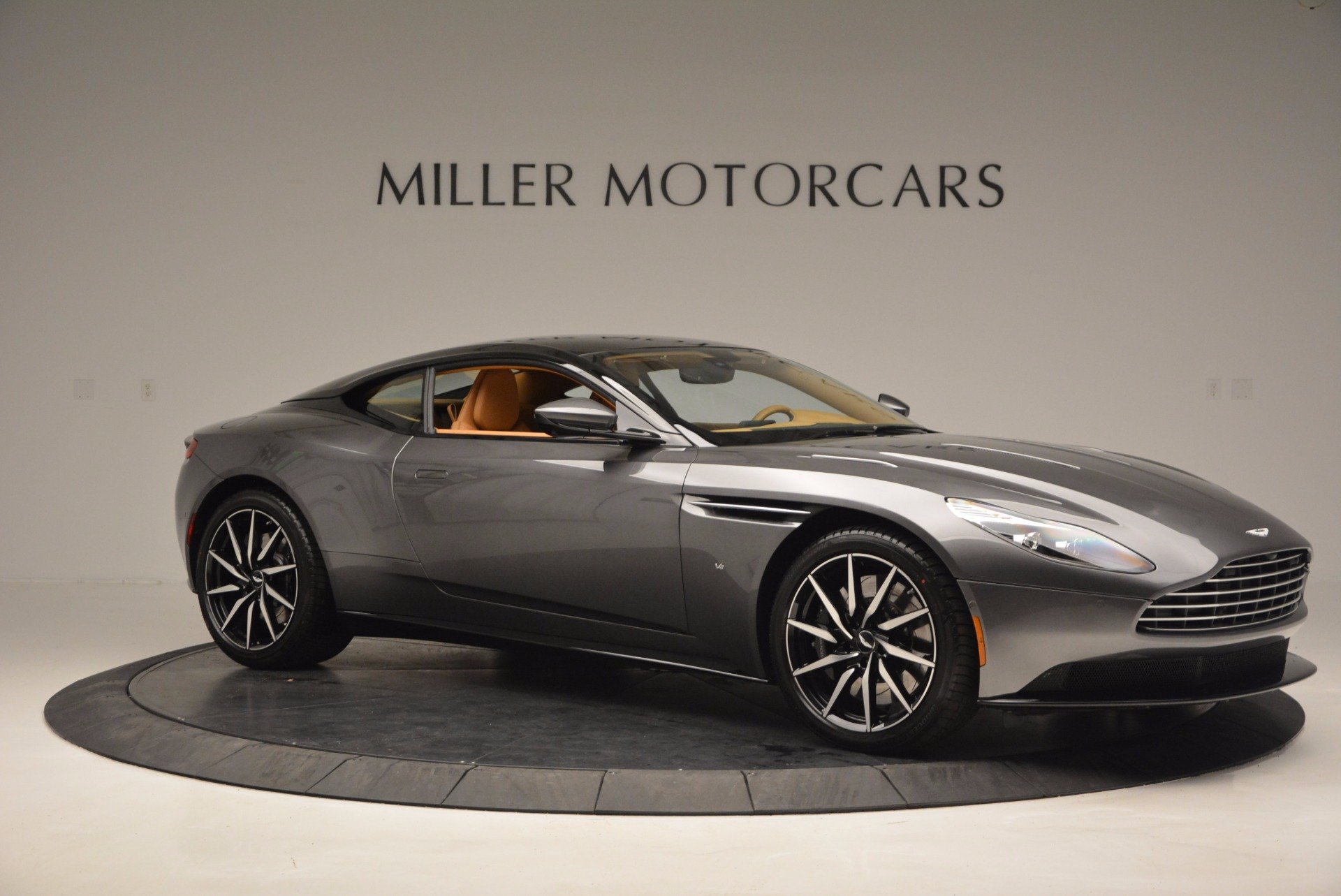 New 2017 Aston Martin DB11  For Sale In Greenwich, CT 1159_p9