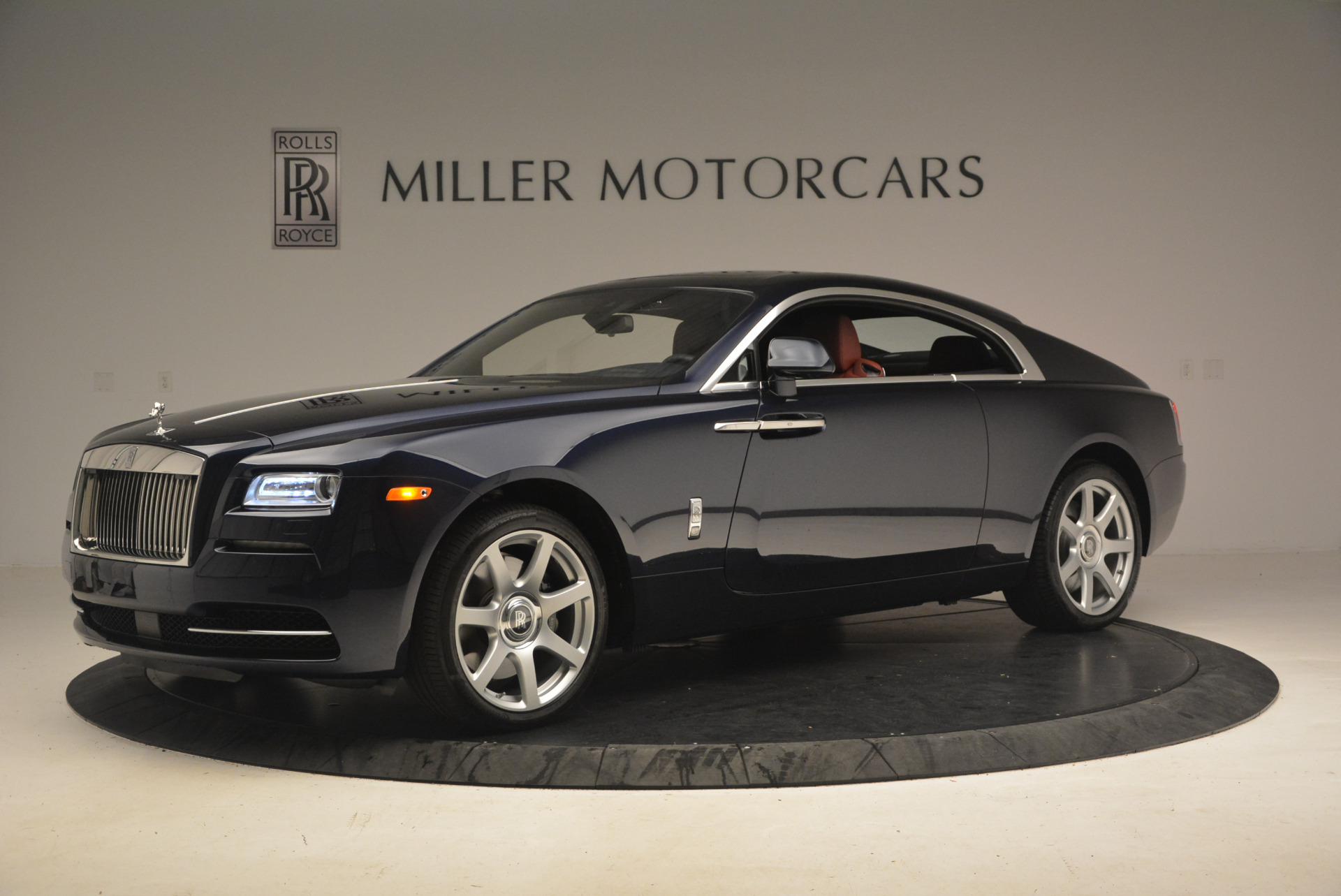 Used 2016 Rolls-Royce Wraith  For Sale In Greenwich, CT 1170_p2