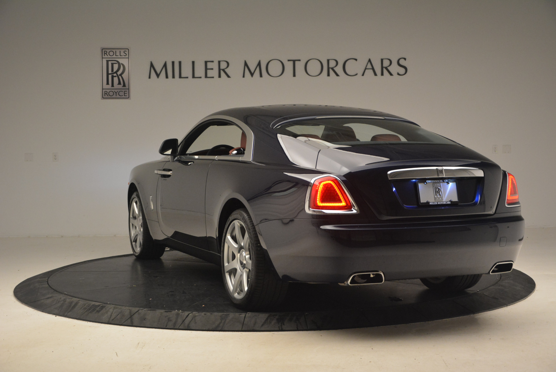 Used 2016 Rolls-Royce Wraith  For Sale In Greenwich, CT 1170_p5