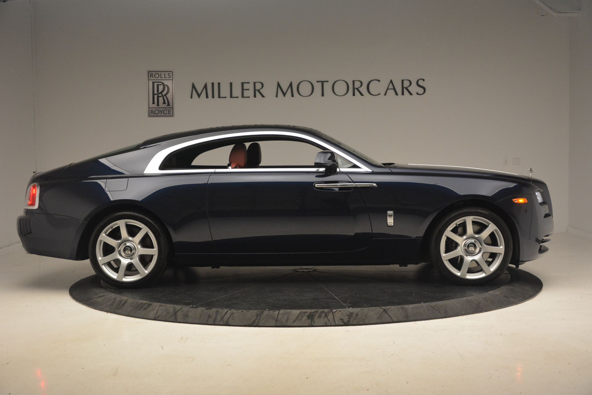 Used 2016 Rolls-Royce Wraith  For Sale In Greenwich, CT 1170_p9