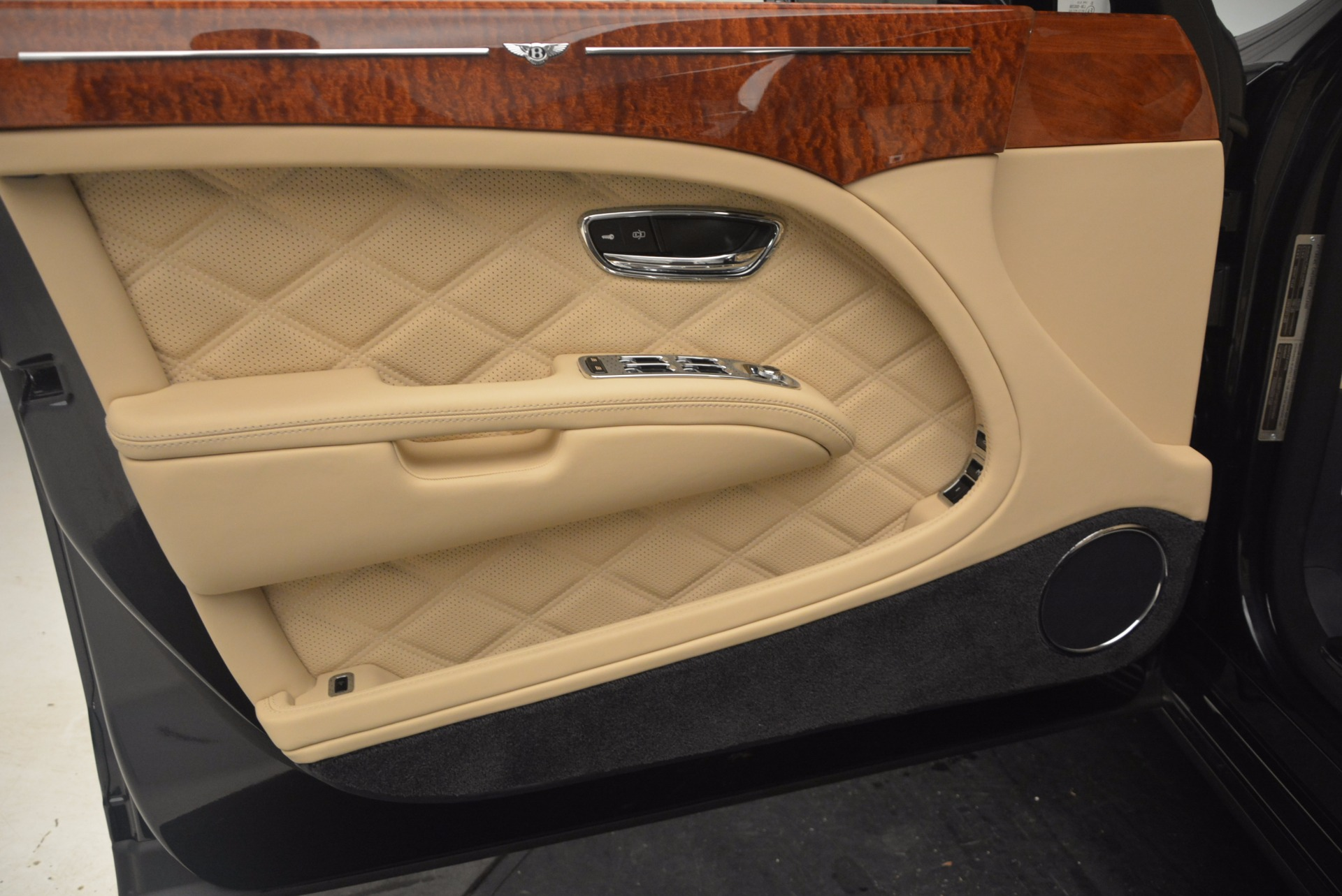 Used 2016 Bentley Mulsanne  For Sale In Greenwich, CT 1173_p20
