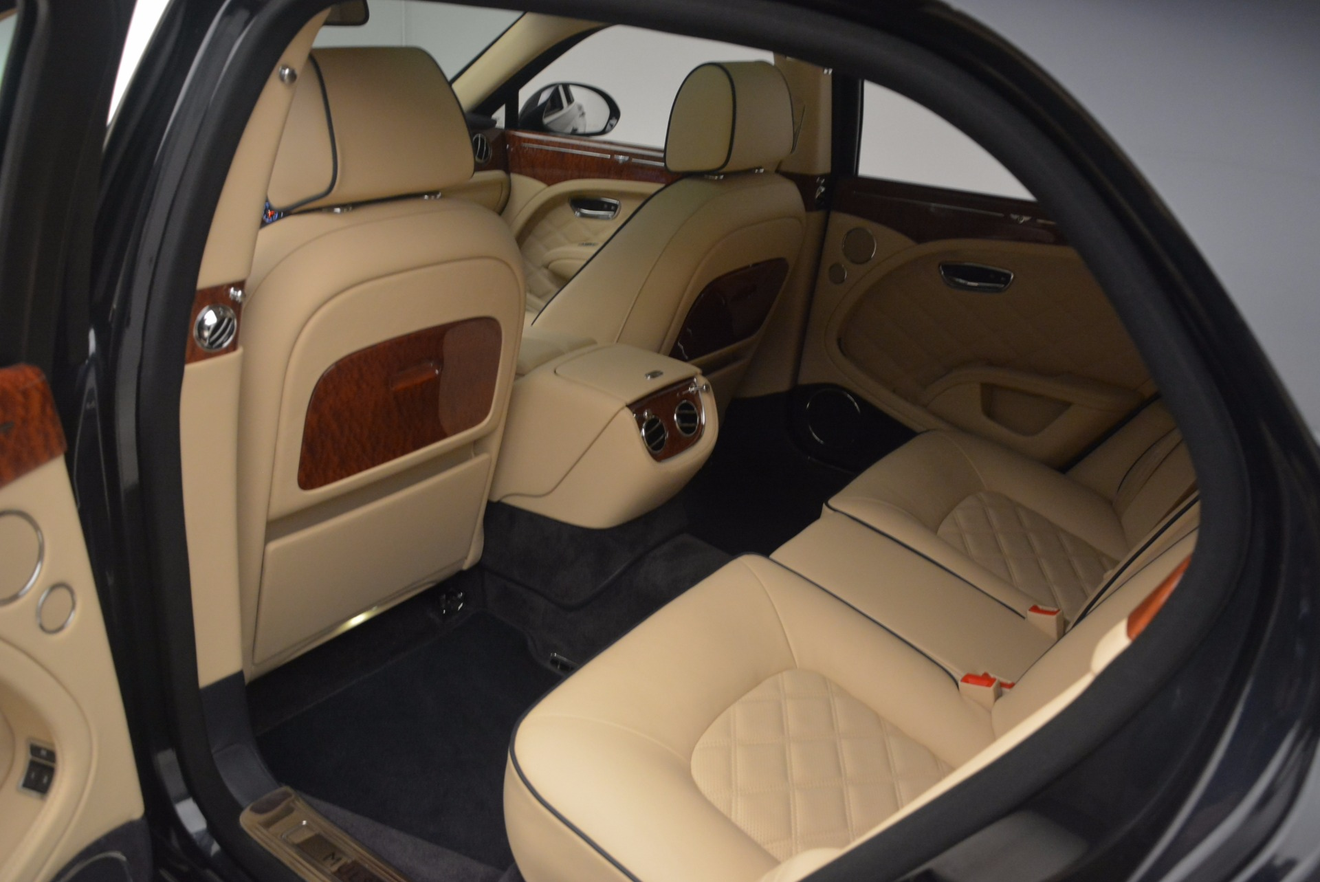 Used 2016 Bentley Mulsanne  For Sale In Greenwich, CT 1173_p31