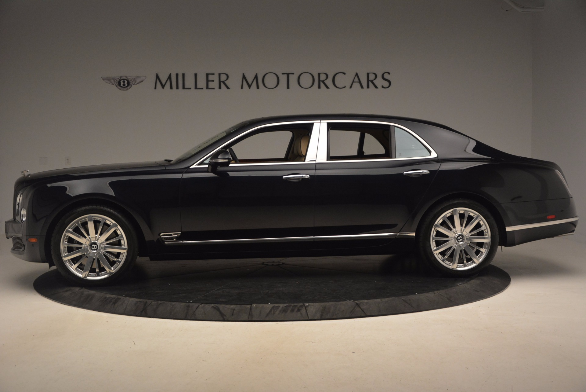 Used 2016 Bentley Mulsanne  For Sale In Greenwich, CT 1173_p3