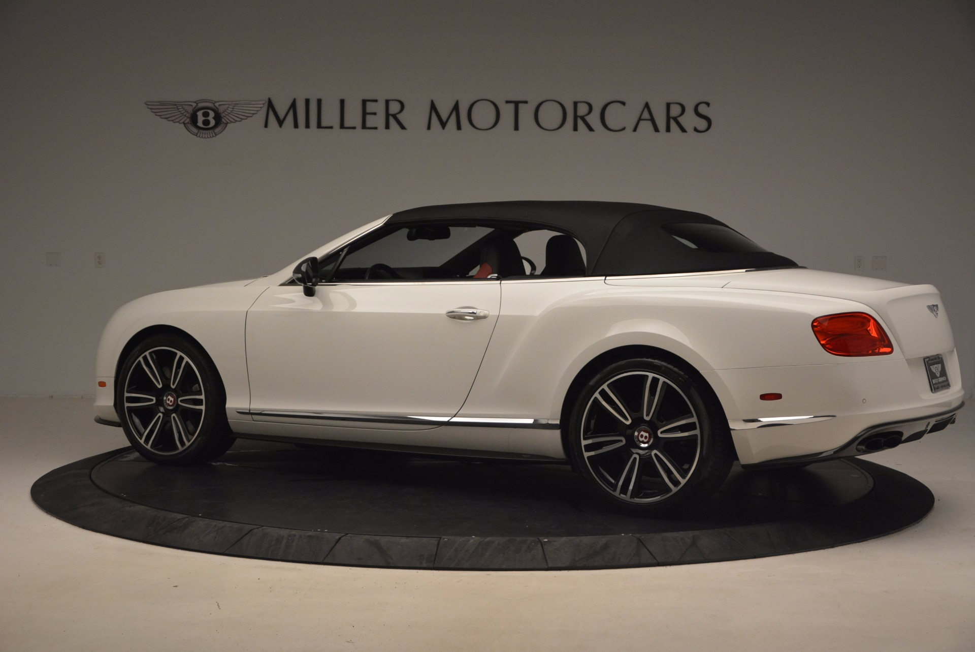 Used 2013 Bentley Continental GT V8 For Sale In Greenwich, CT 1174_p17