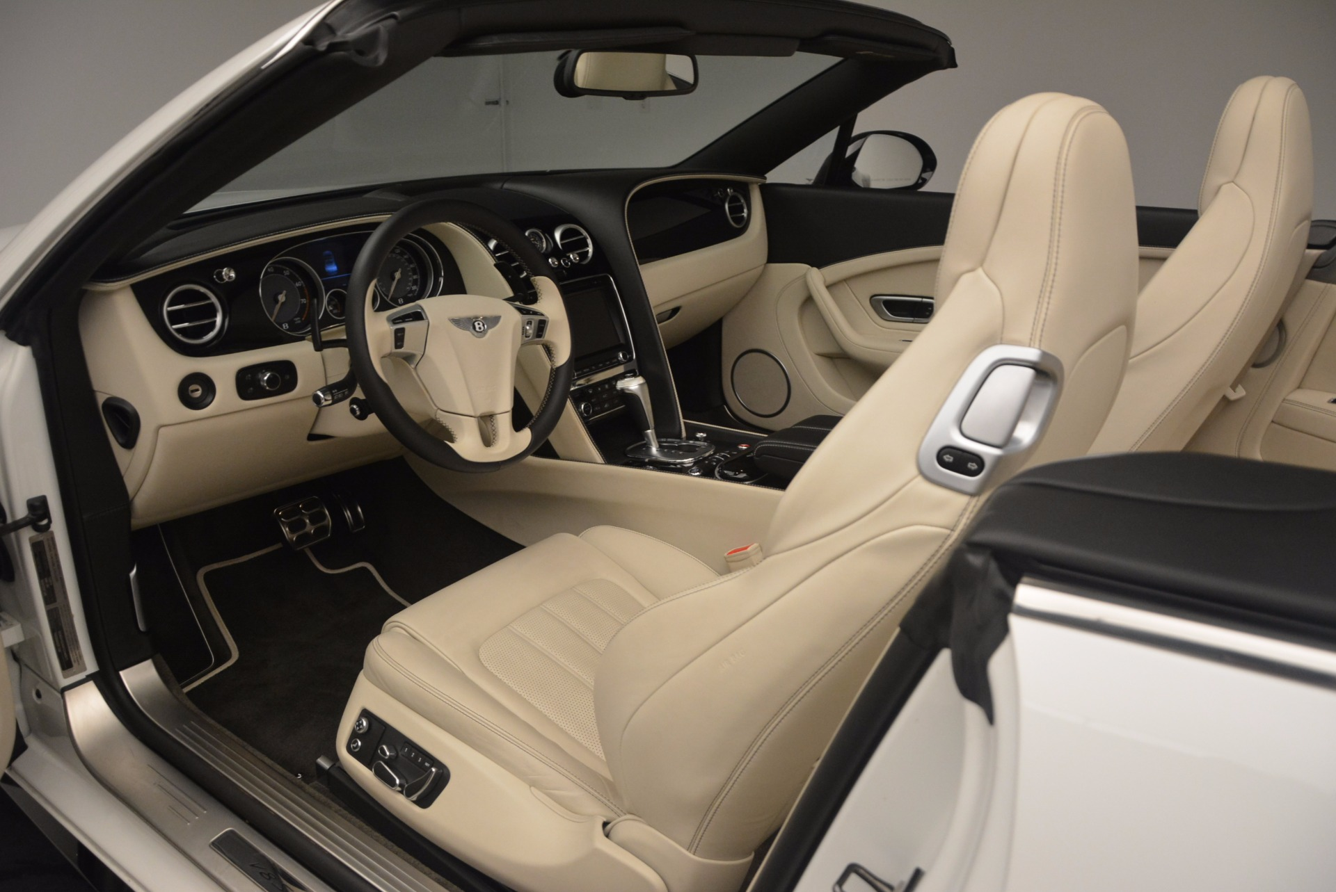 Used 2015 Bentley Continental GT V8 S For Sale In Greenwich, CT 1175_p34