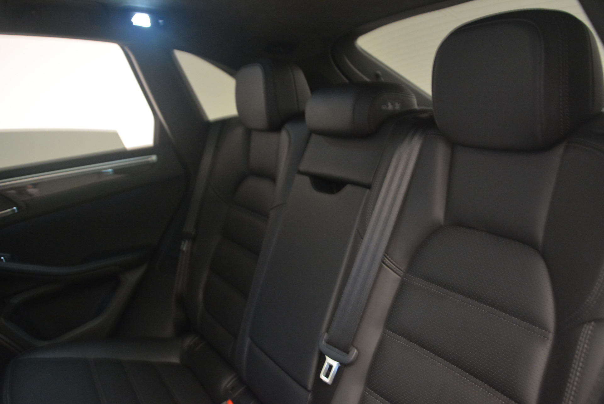 Used 2016 Porsche Macan Turbo For Sale In Greenwich, CT 1177_p28