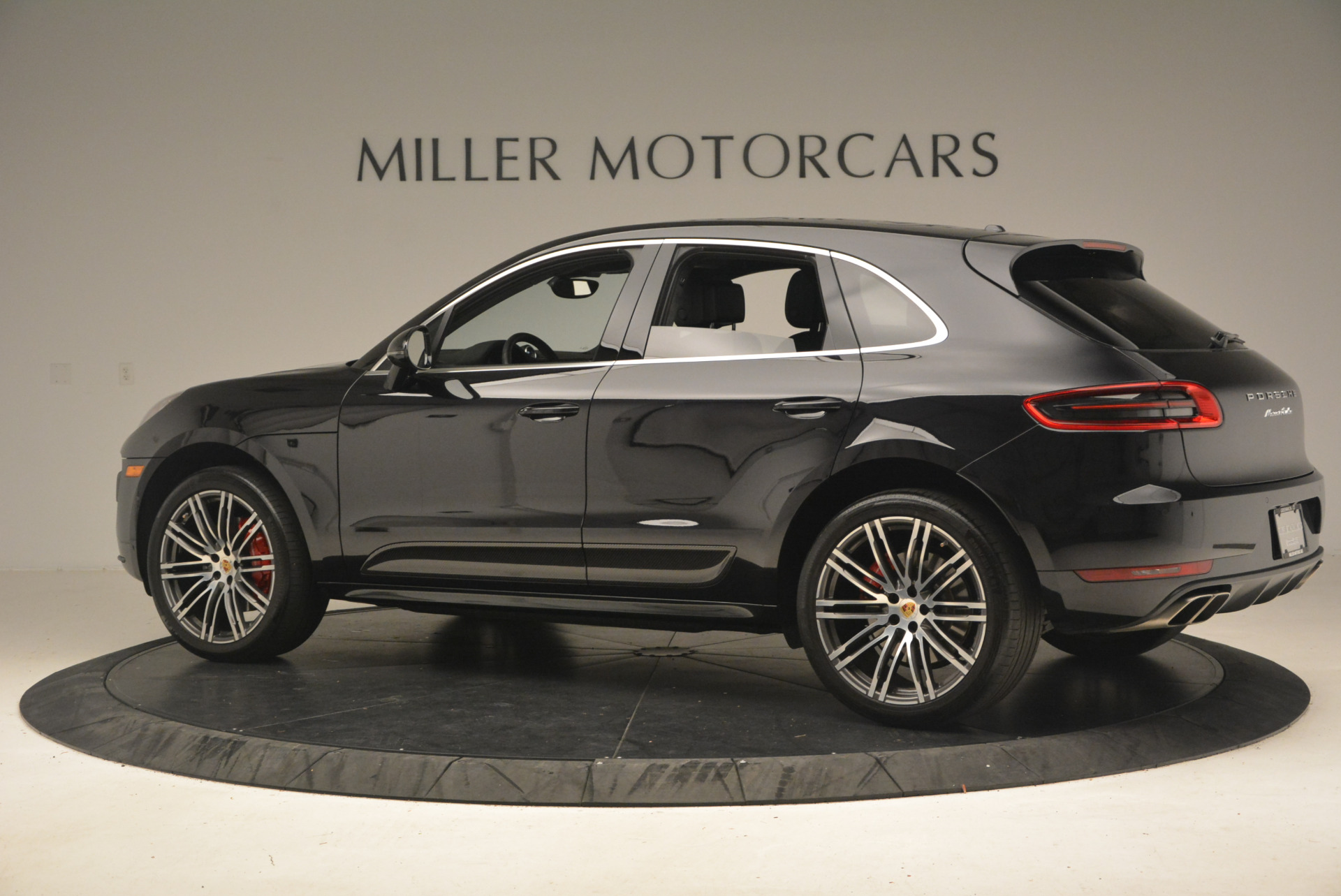 Used 2016 Porsche Macan Turbo For Sale In Greenwich, CT 1177_p4