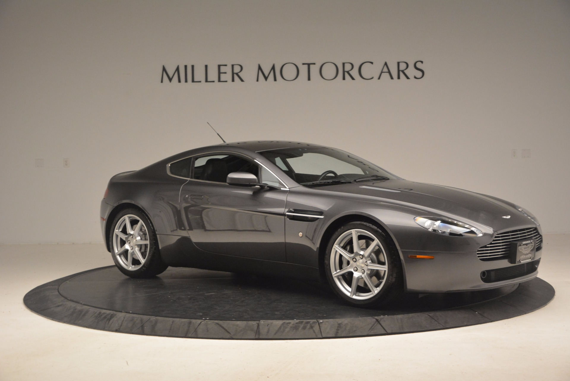 Used 2006 Aston Martin V8 Vantage Coupe  For Sale In Greenwich, CT 1180_p10
