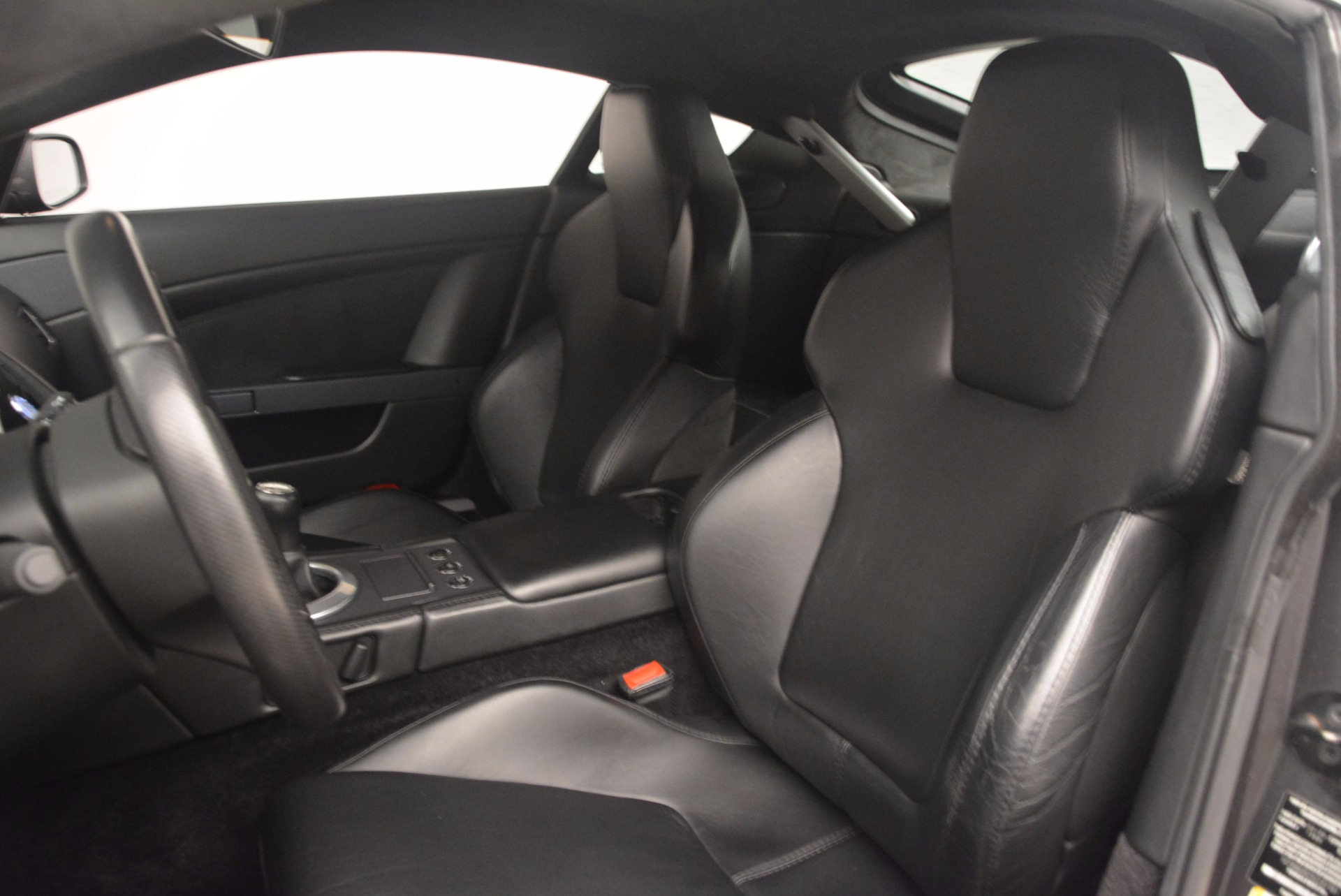 Used 2006 Aston Martin V8 Vantage Coupe  For Sale In Greenwich, CT 1180_p17