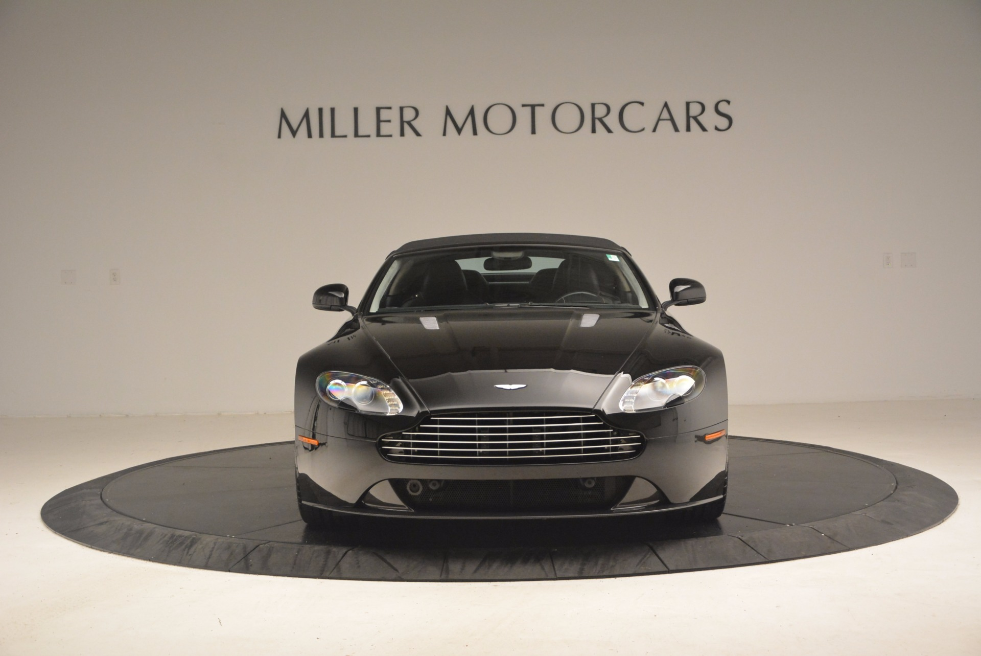Used 2012 Aston Martin V8 Vantage S Roadster For Sale In Greenwich, CT 1181_p24