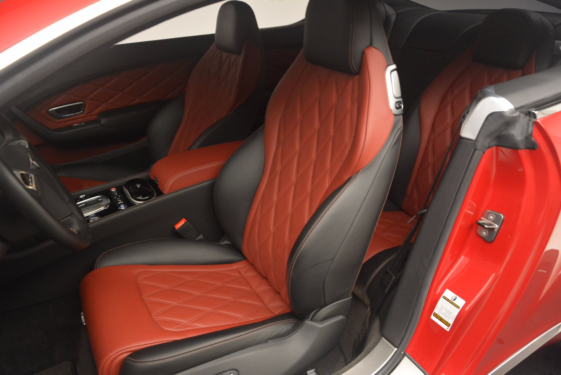Used 2013 Bentley Continental GT V8 For Sale In Greenwich, CT 1185_p20