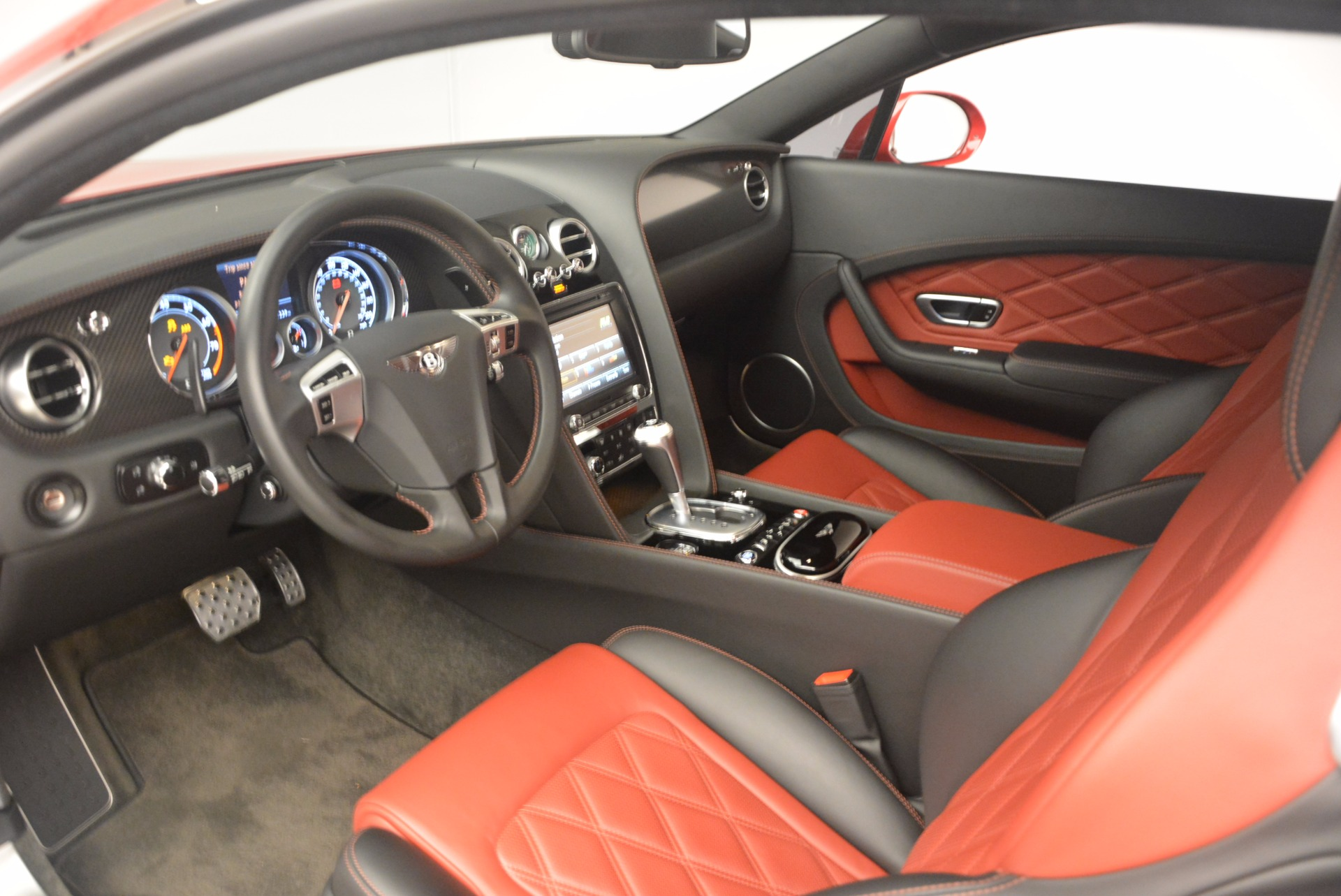 Used 2013 Bentley Continental GT V8 For Sale In Greenwich, CT 1185_p22
