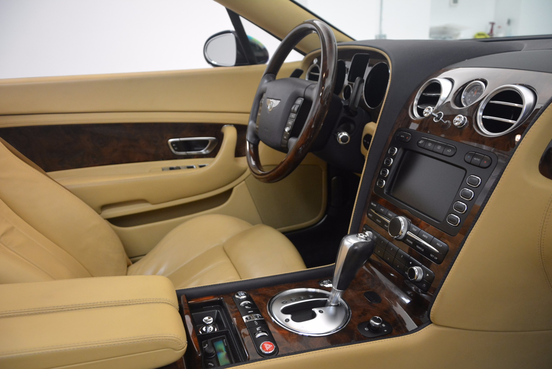Used 2007 Bentley Continental GTC  For Sale In Greenwich, CT 1186_p48