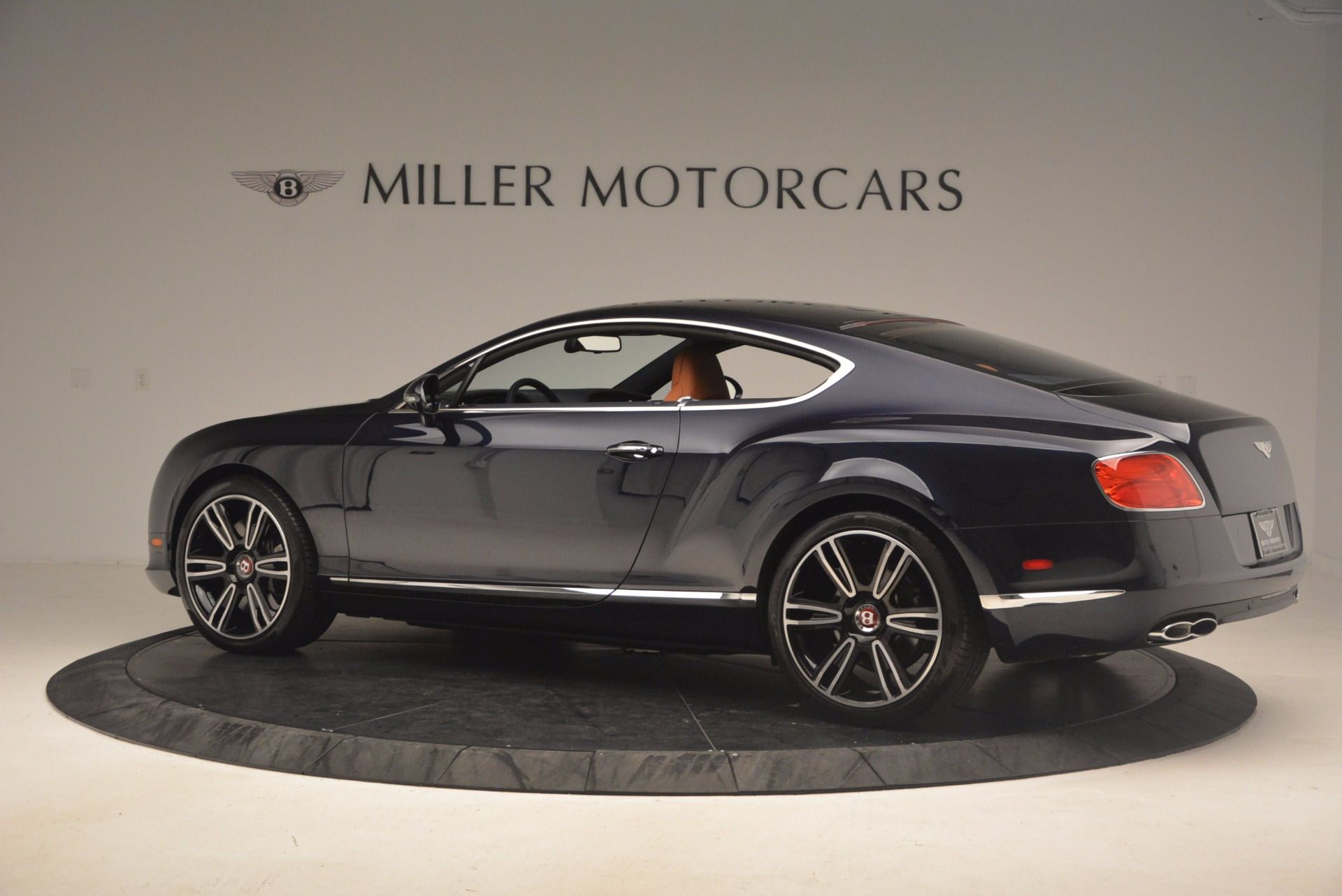 Used 2014 Bentley Continental GT V8 For Sale In Greenwich, CT 1187_p4