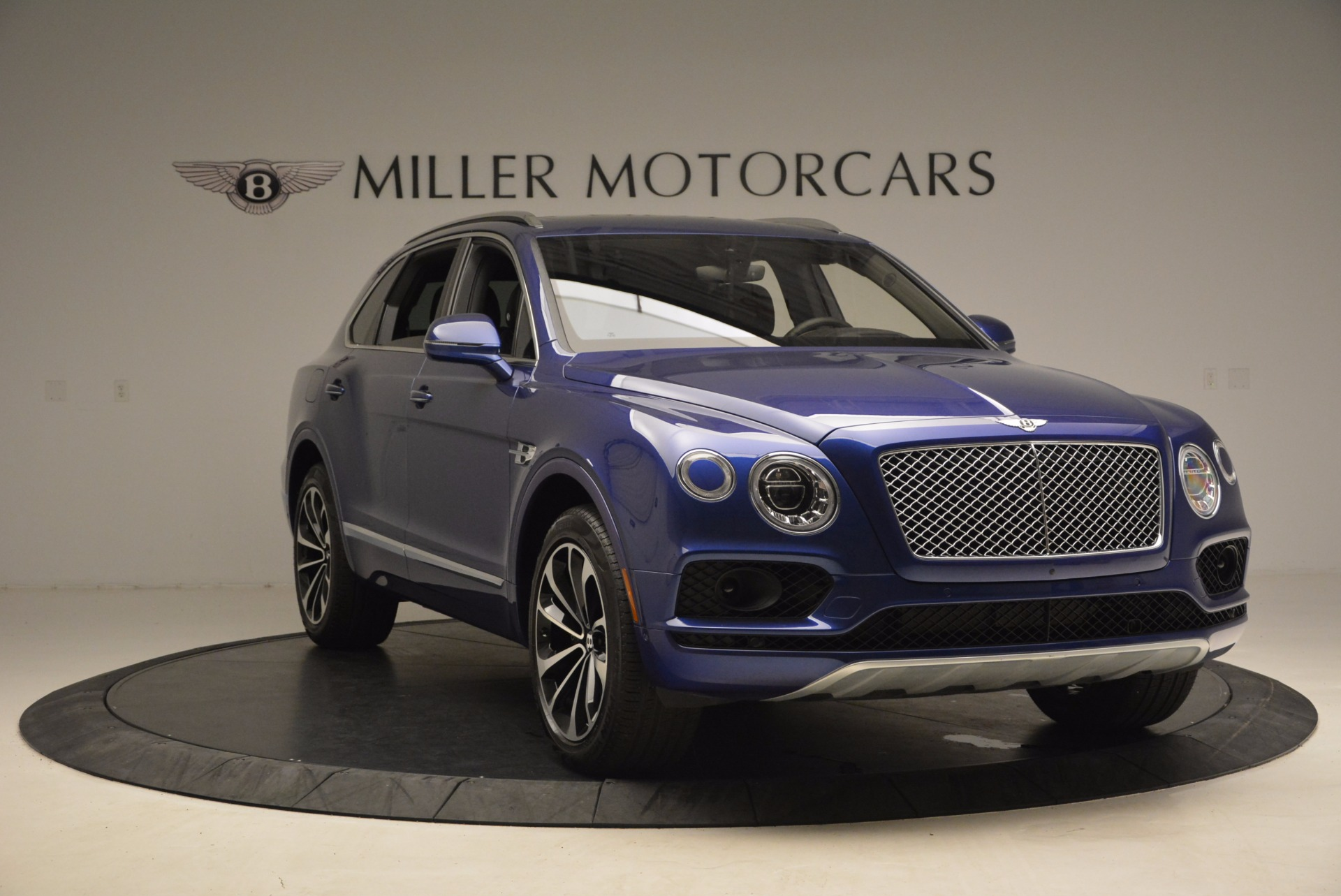 New 2017 Bentley Bentayga  For Sale In Greenwich, CT 1198_p11