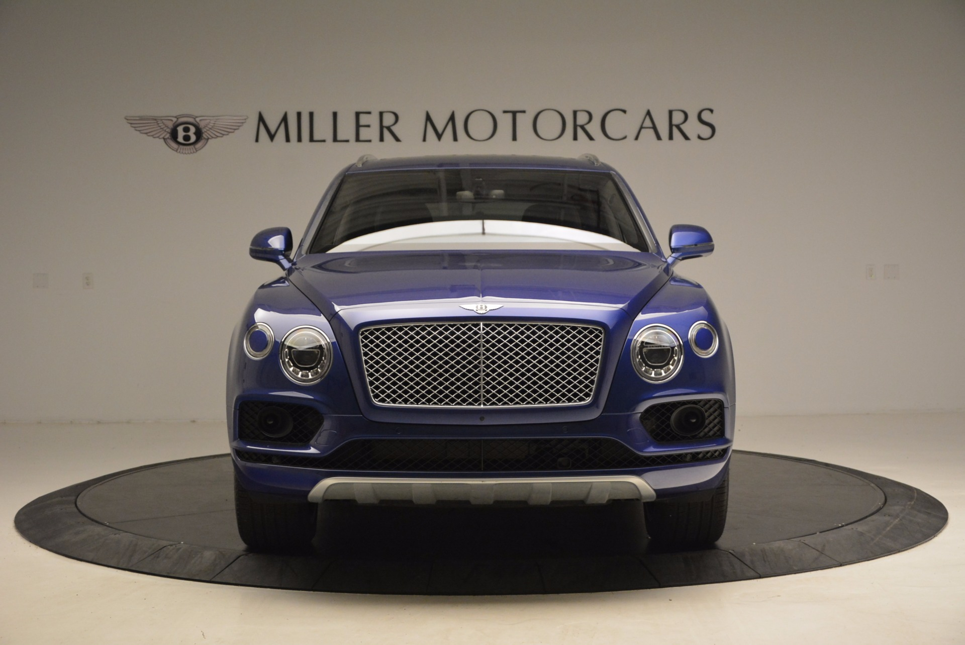 New 2017 Bentley Bentayga  For Sale In Greenwich, CT 1198_p12