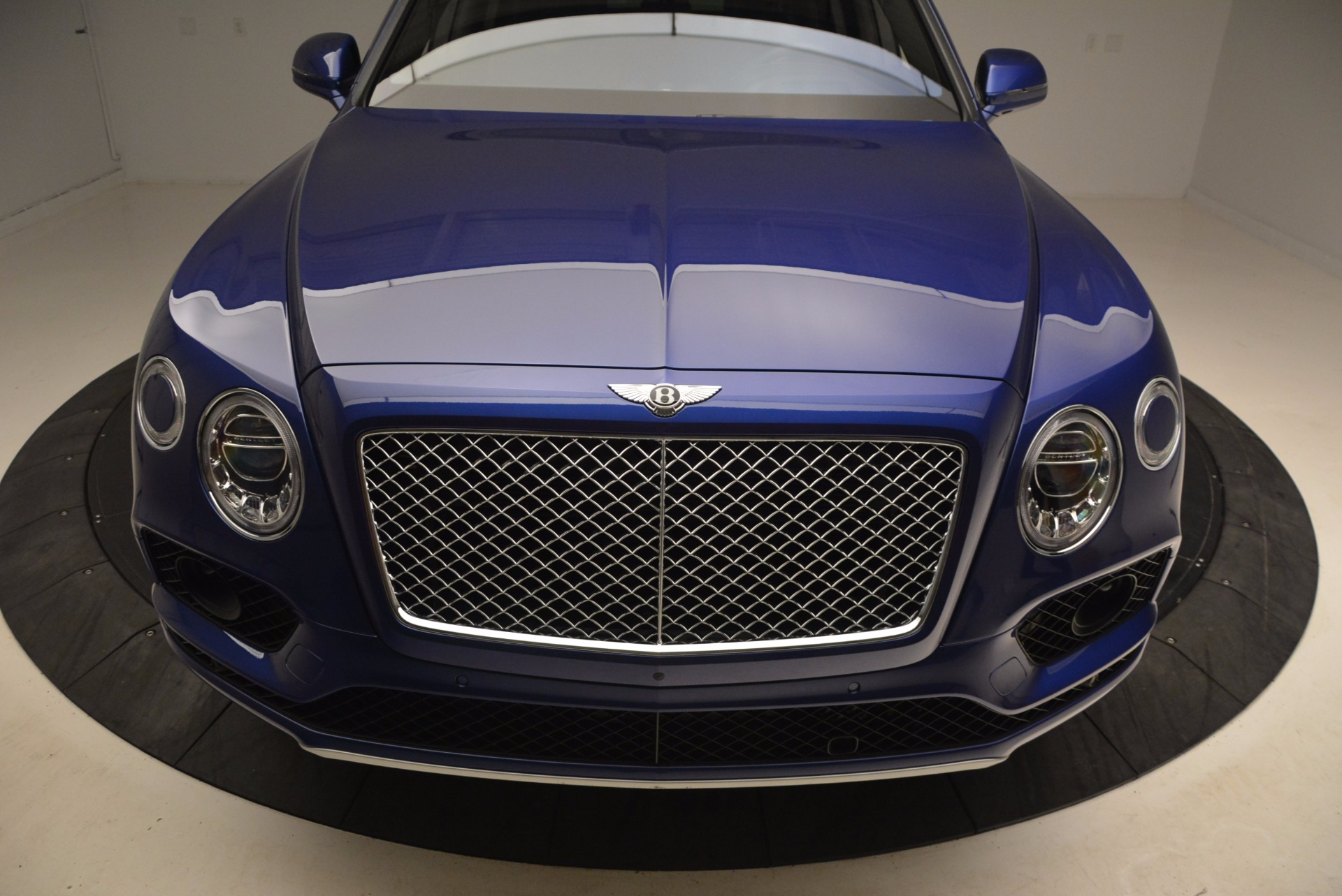 New 2017 Bentley Bentayga  For Sale In Greenwich, CT 1198_p13