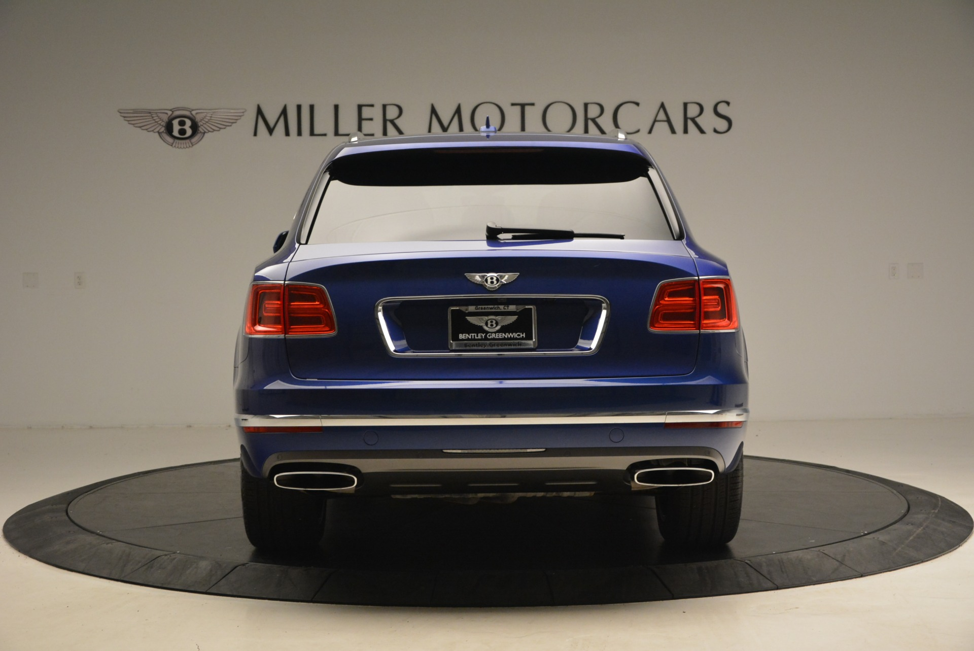New 2017 Bentley Bentayga  For Sale In Greenwich, CT 1198_p6