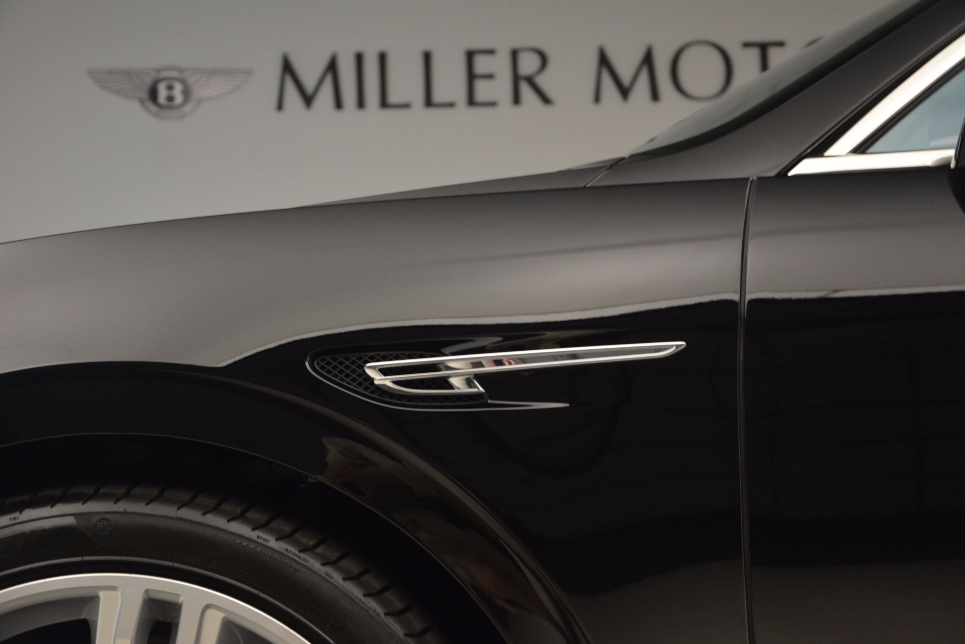 Used 2015 Bentley Flying Spur V8 For Sale In Greenwich, CT 1199_p19