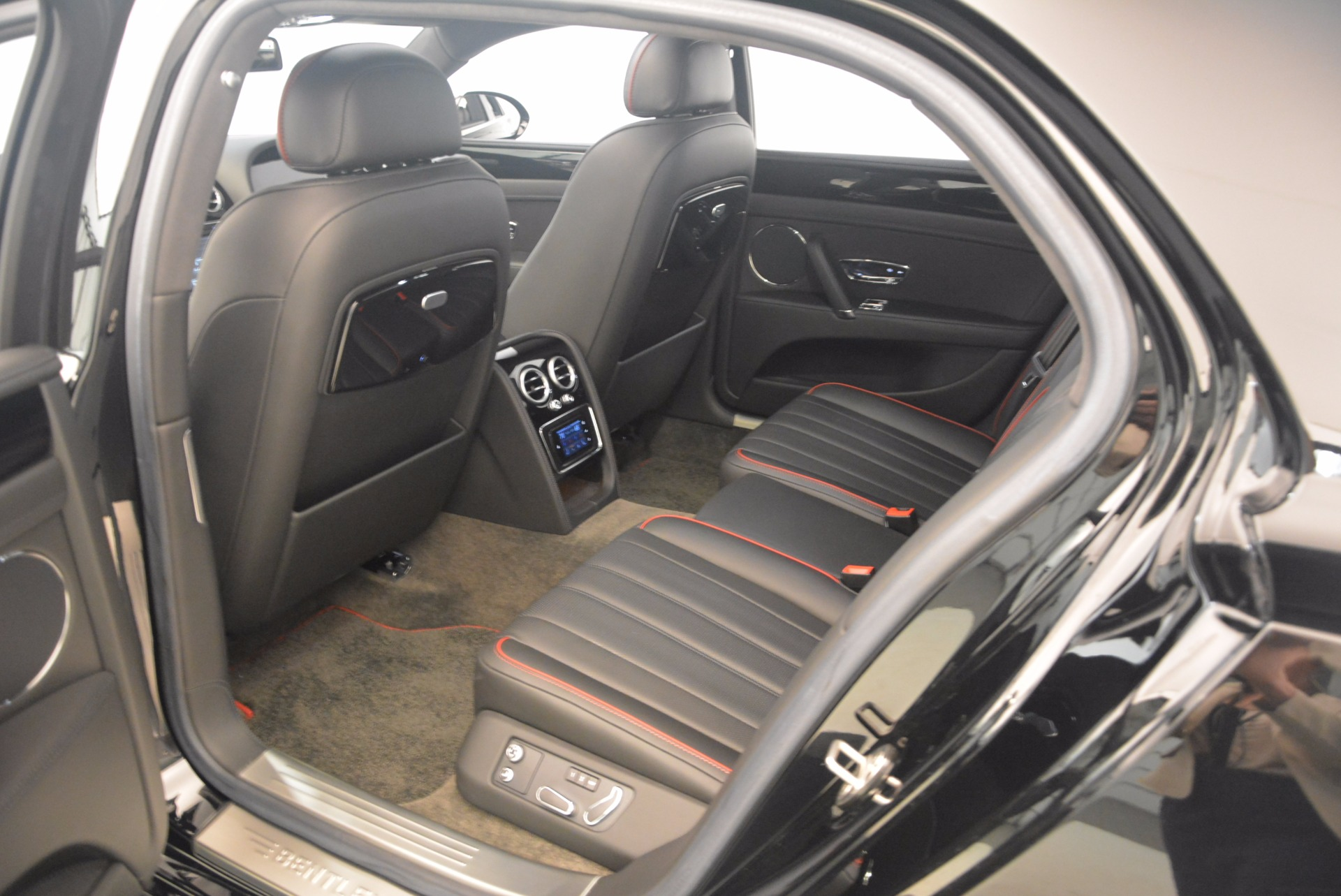 Used 2015 Bentley Flying Spur V8 For Sale In Greenwich, CT 1199_p33