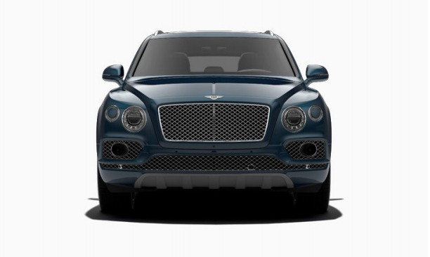 Used 2017 Bentley Bentayga  For Sale In Greenwich, CT 1213_p2