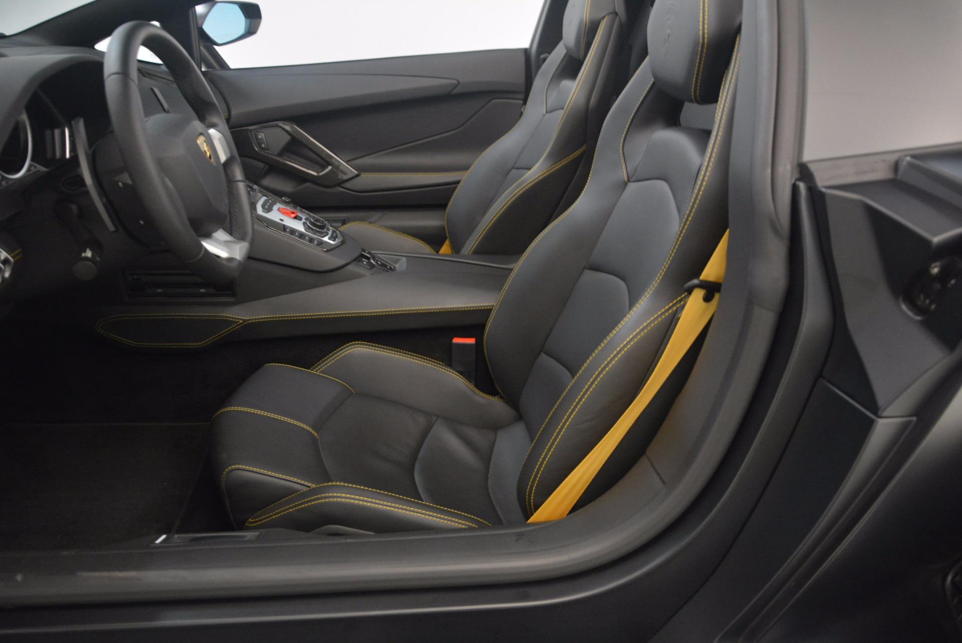 Used 2015 Lamborghini Aventador LP 700-4 For Sale In Greenwich, CT 1217_p24