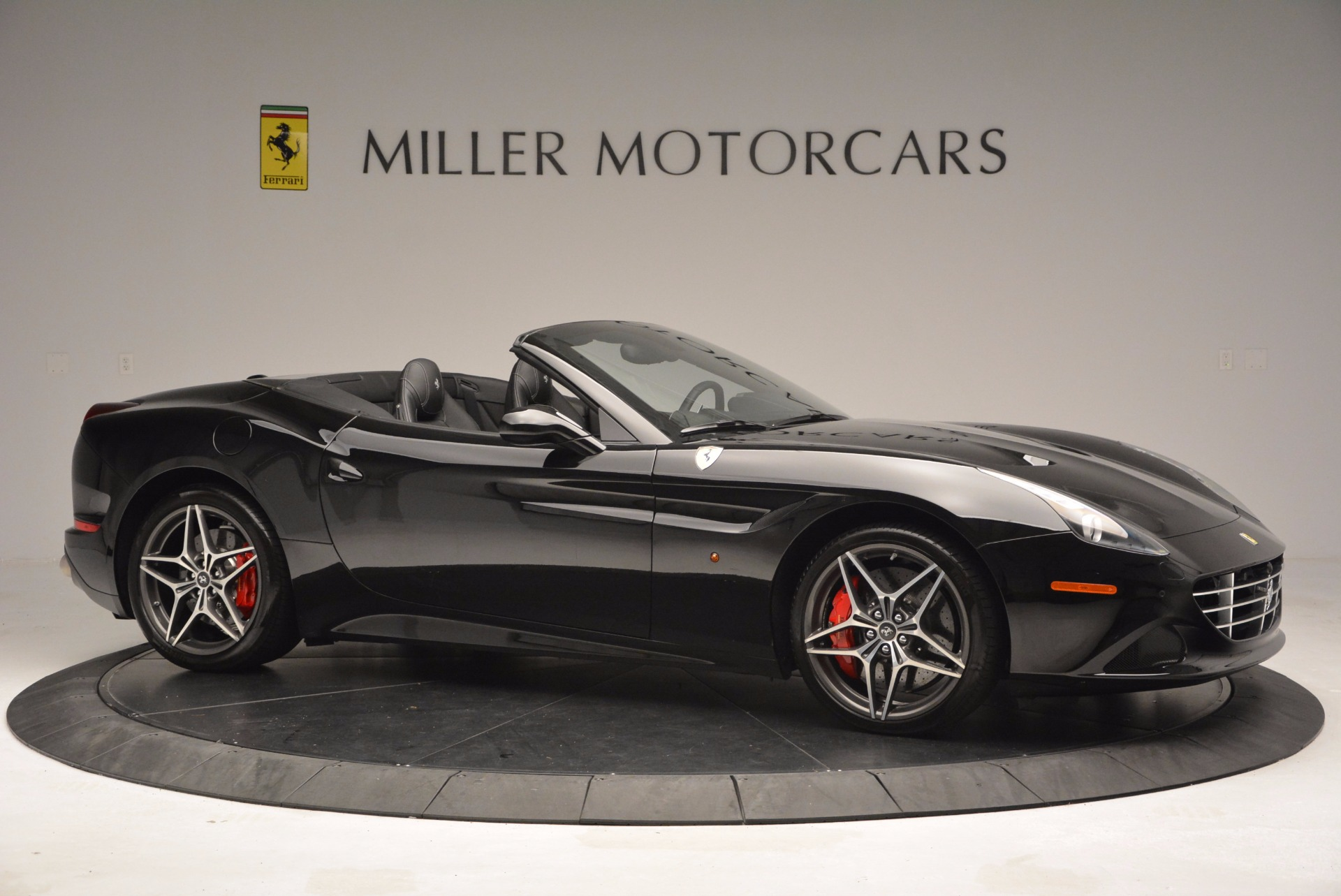 Used 2015 Ferrari California T  For Sale In Greenwich, CT 1218_p11