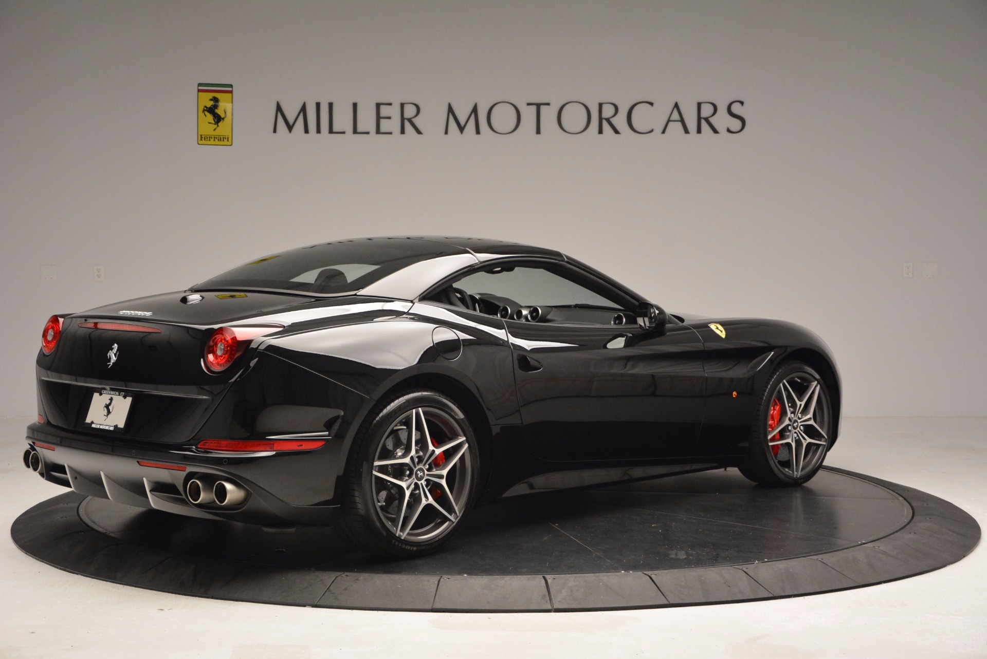 Used 2015 Ferrari California T  For Sale In Greenwich, CT 1218_p20