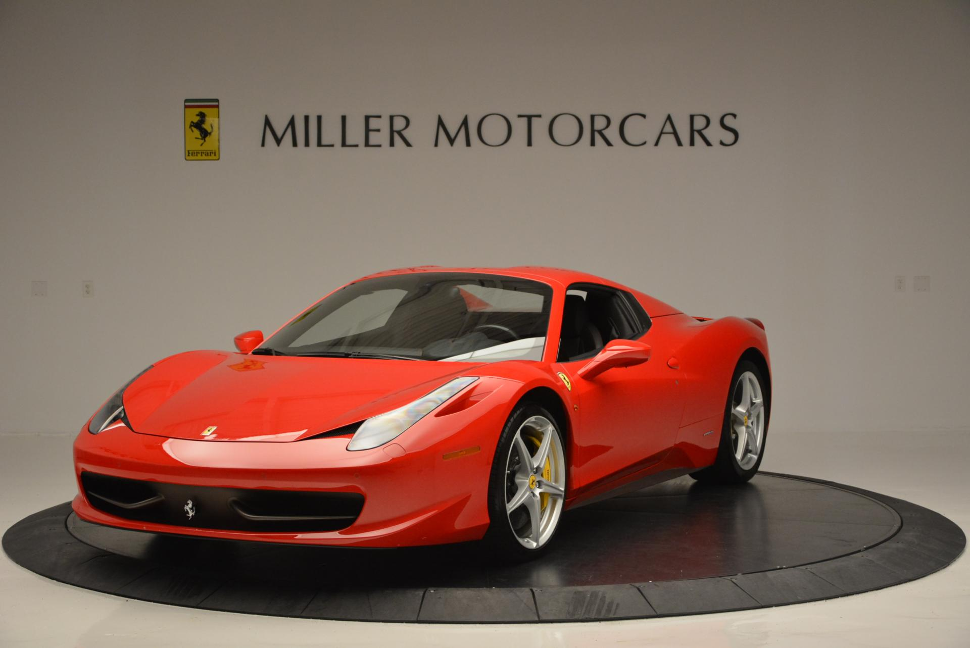 Used 2014 Ferrari 458 Spider  For Sale In Greenwich, CT 122_p13