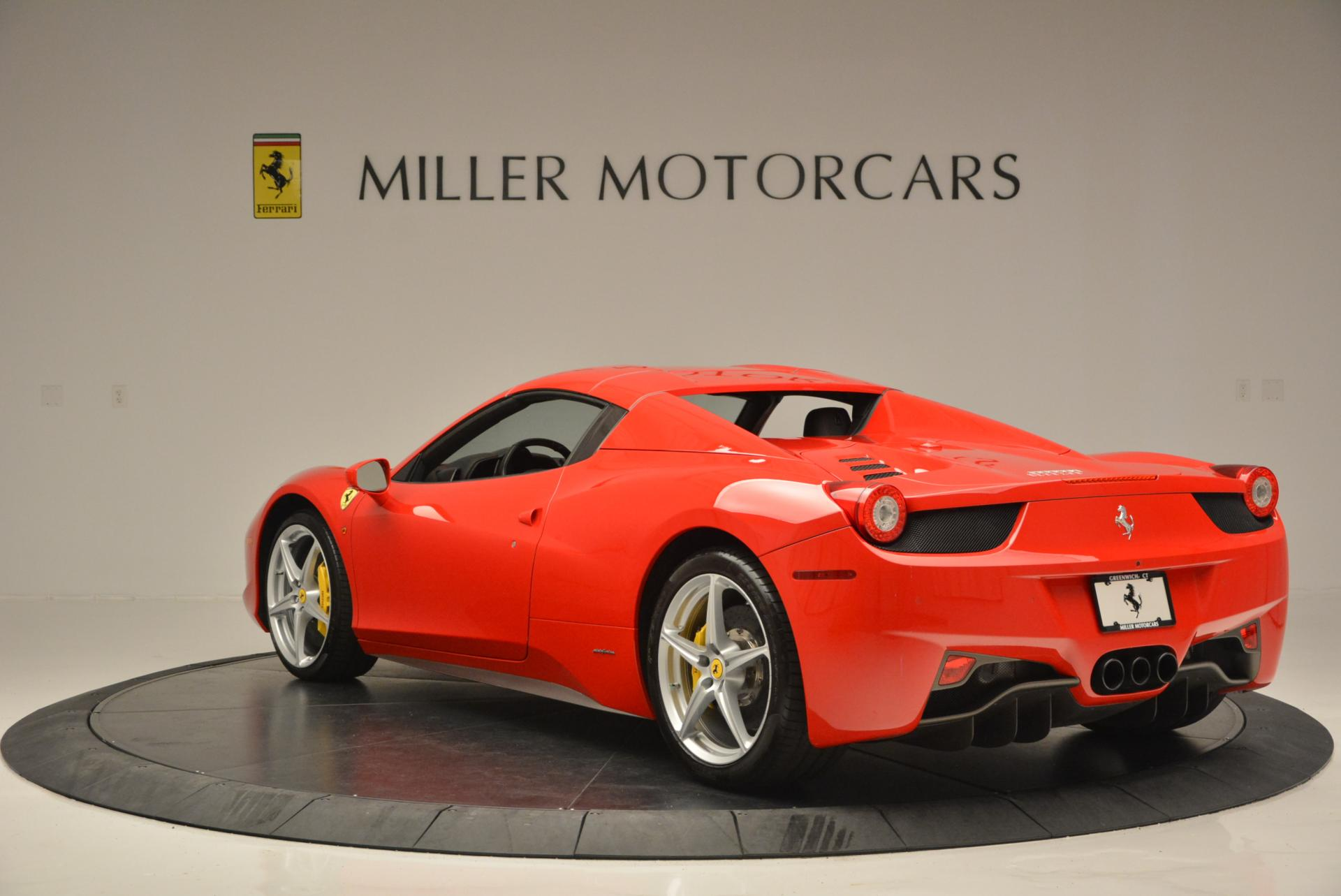 Used 2014 Ferrari 458 Spider  For Sale In Greenwich, CT 122_p17