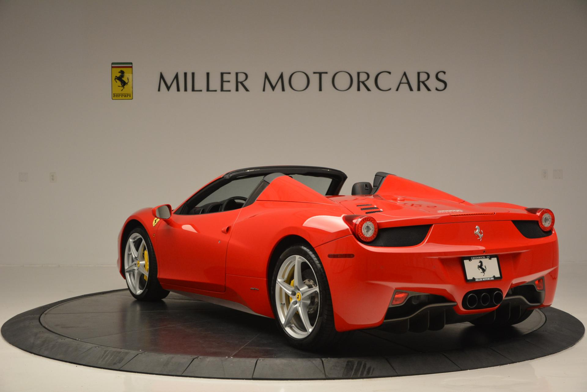 Used 2014 Ferrari 458 Spider  For Sale In Greenwich, CT 122_p5