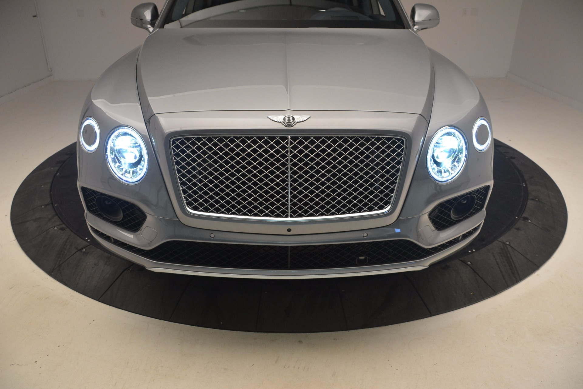 New 2018 Bentley Bentayga Onyx For Sale In Greenwich, CT 1220_p16