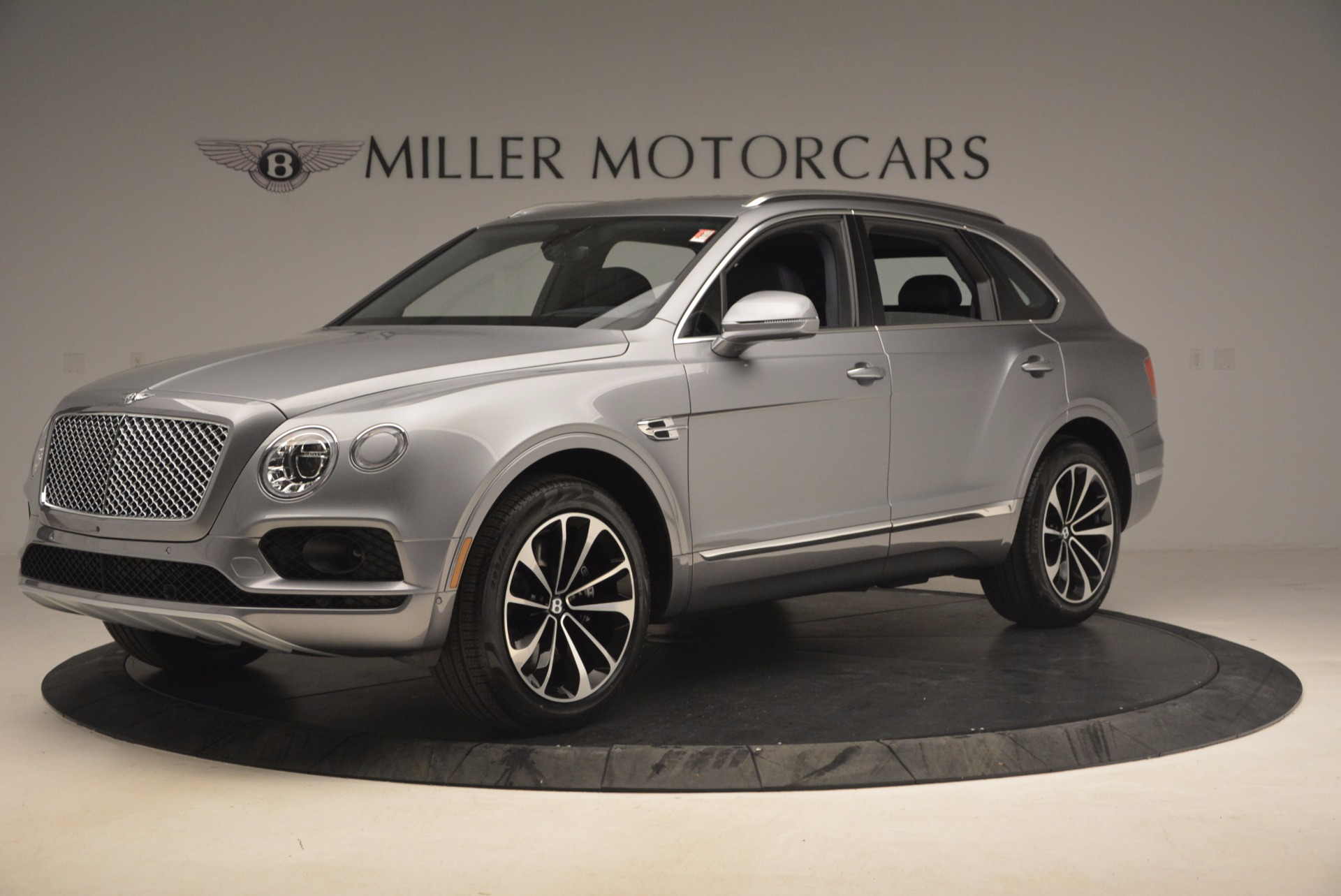 New 2018 Bentley Bentayga Onyx For Sale In Greenwich, CT 1220_p2